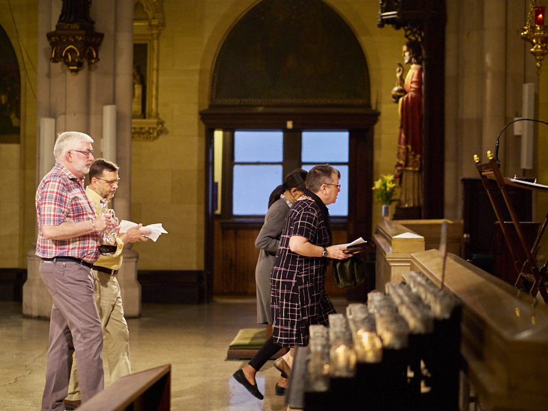 The Offertory Procession at the Solemn Mass on Sunday  Photo by Ricardo Gomez