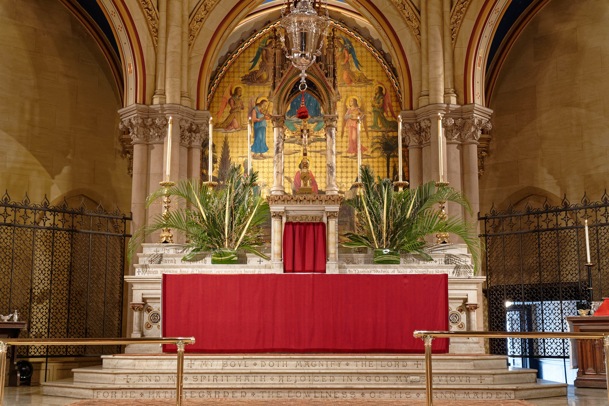 The High Altar, The Sunday of the Passion: Palm Sunday, April, 14, 2019   Photo by Daniel Picard