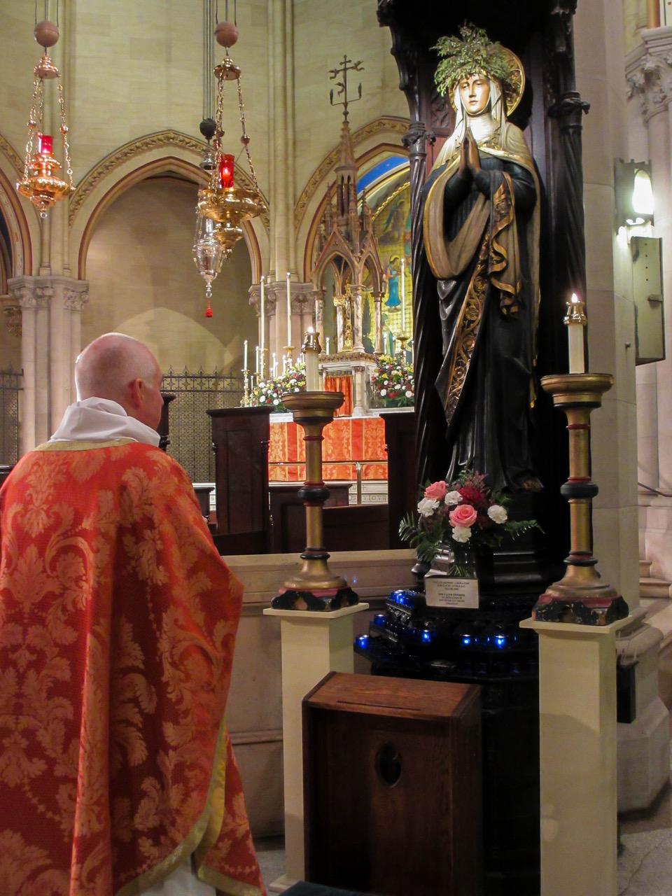 The Eastertide Angelus, Regina Coeli, is prayed before the Holy Eucharist begins.     Photo: MaryJane Boland