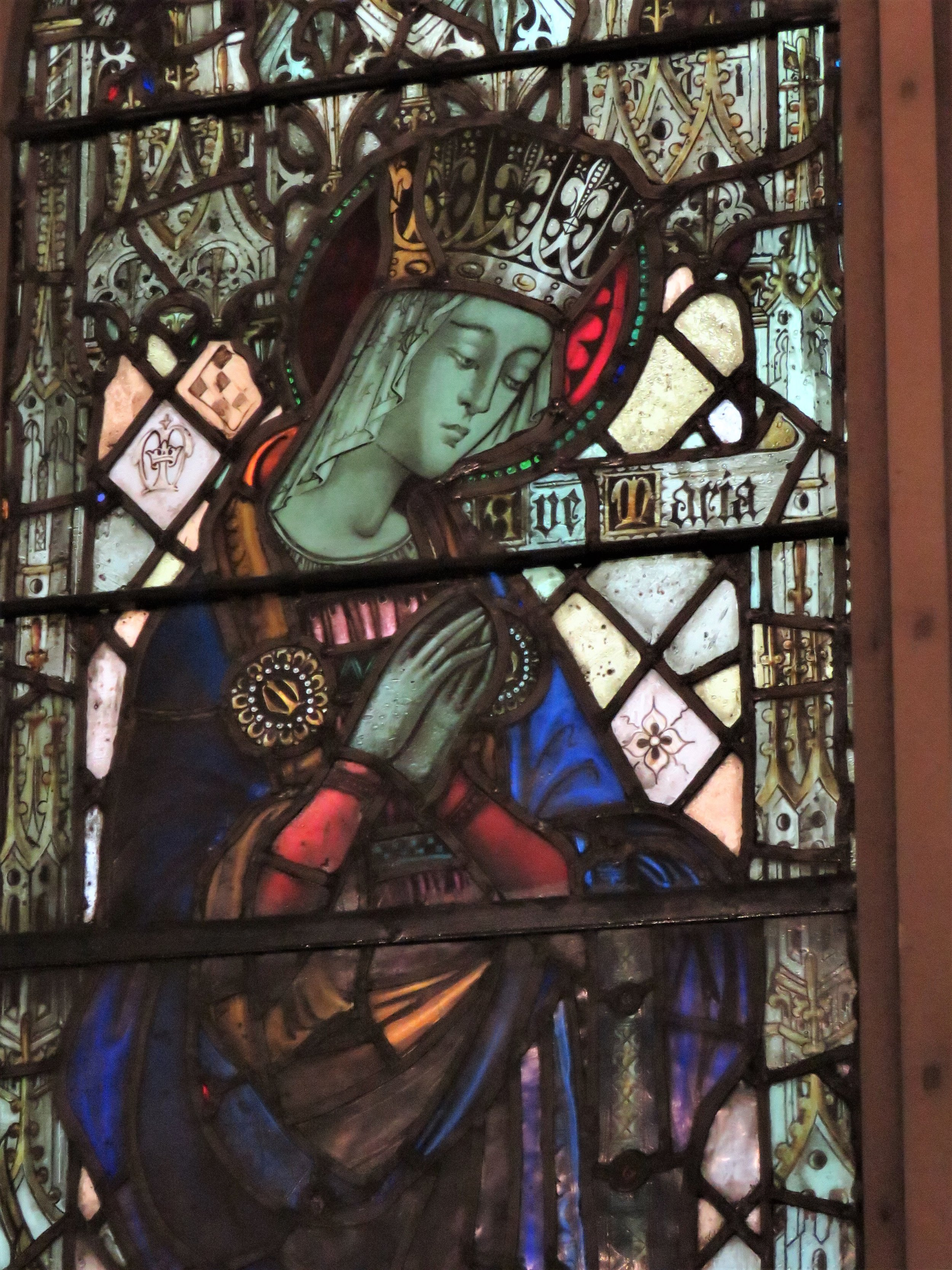 Detail from the baptistery window: the Blessed Virgin Mary crowned (1924 --- 1925). By Valentine d'Ogries (1889 --- 1959)    Photo:  Damien Joseph SSF