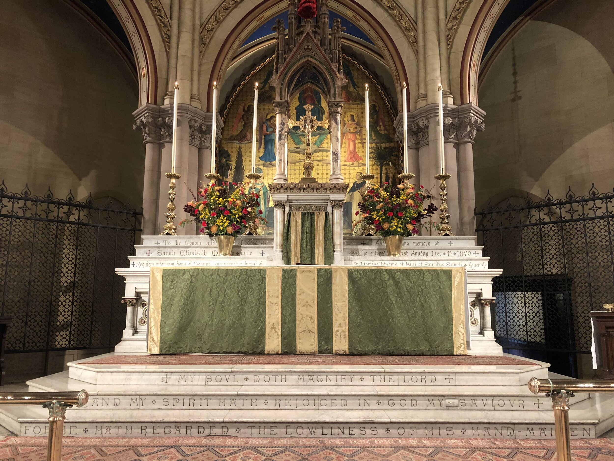 The flowers on the altar and in the church on the Seventeenth Sunday after Pentecost were given to the glory of God and in memory of the departed rectors of the parish. The flowers were arranged by Grace Mudd.   Photo:  Brendon Hunter