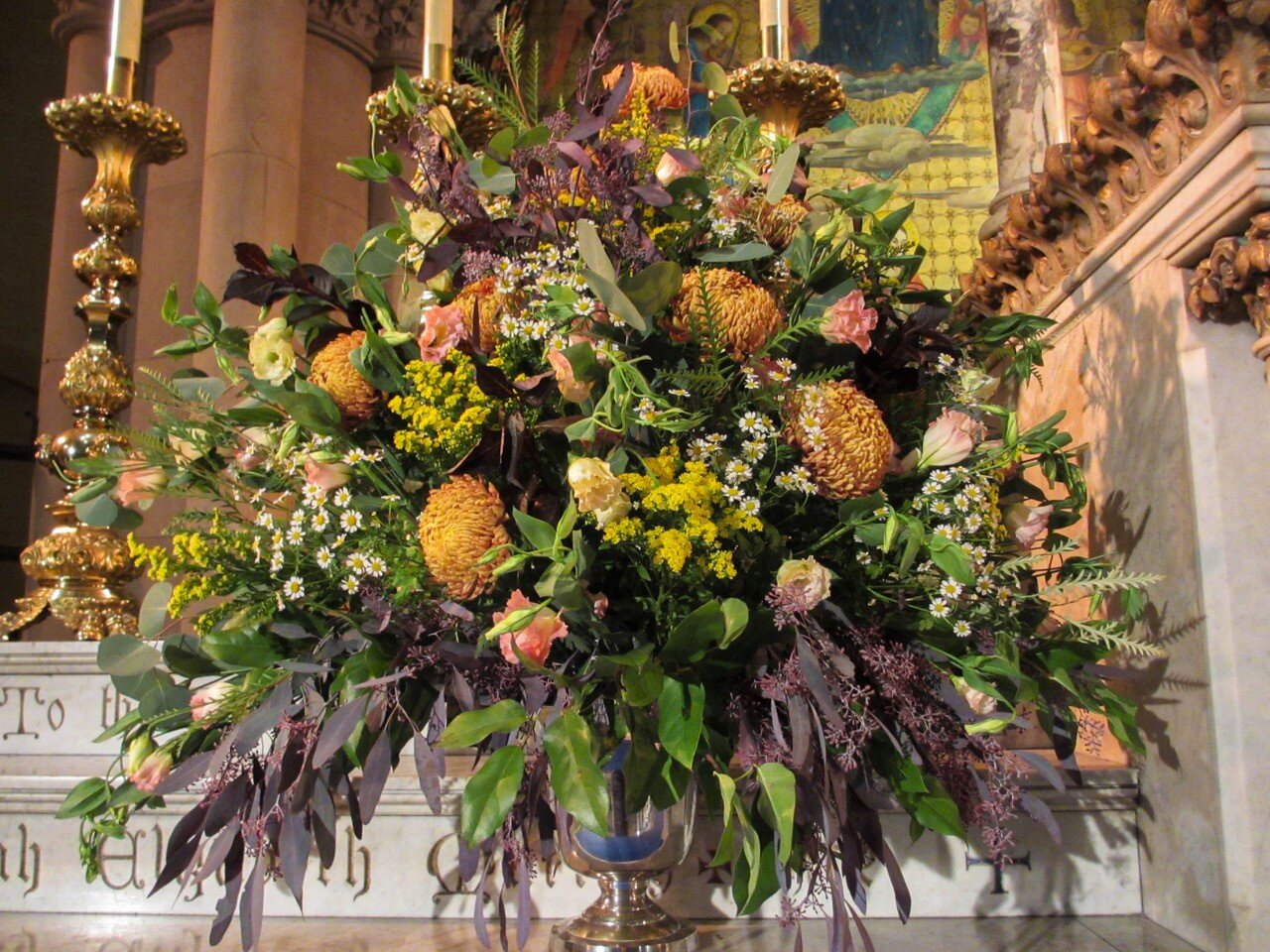 The flowers were given by Michael Reid to the glory of God and in loving memory of his late partner Morgan Holman. The flowers were arranged by Br. Thomas Steffensen SSF, a member of the Flower Guild.   Photo:   MaryJane Boland