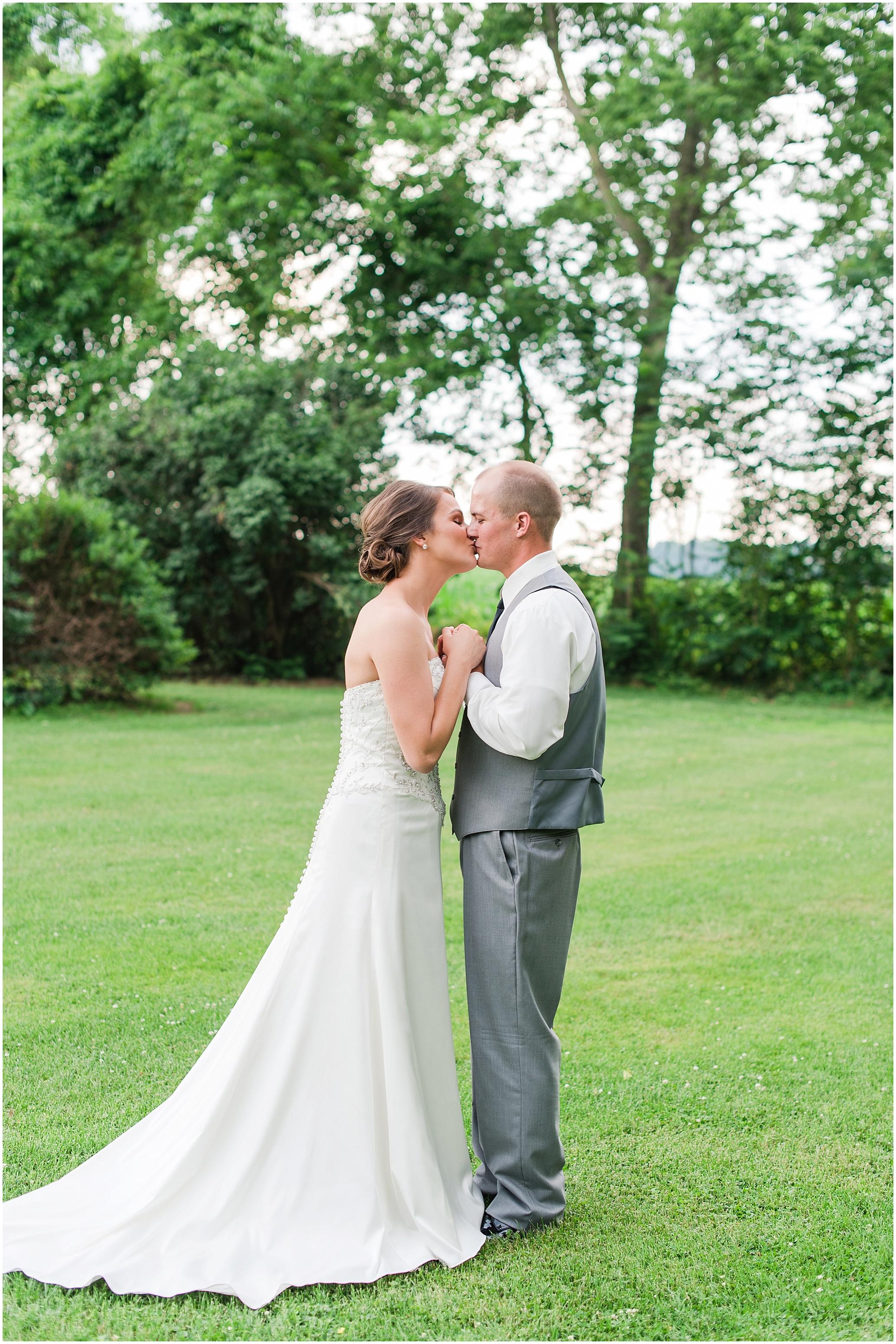Hannah Leigh Photography Cameron Estate Inn Wedding_0476.jpg