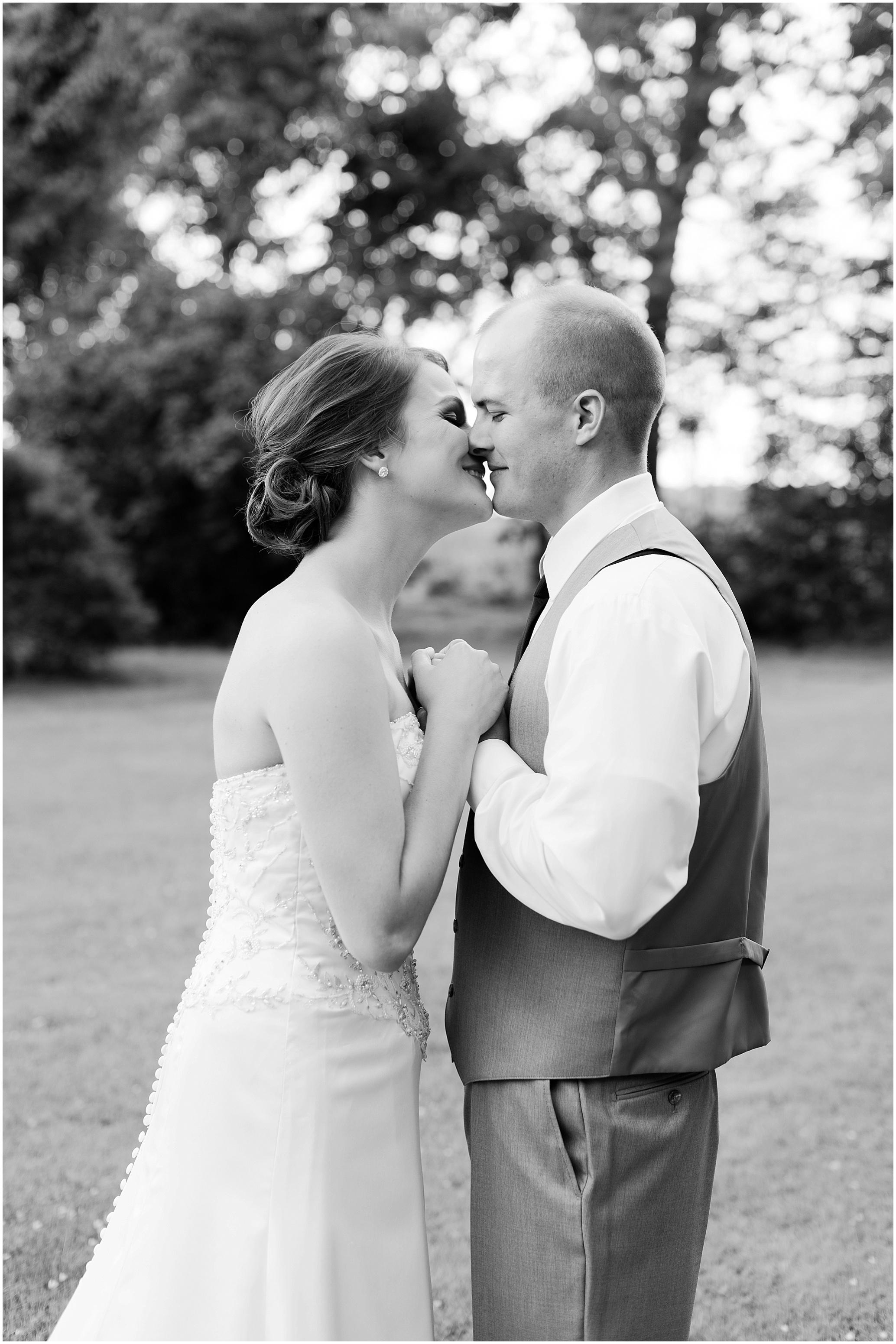 Hannah Leigh Photography Cameron Estate Inn Wedding_0477.jpg