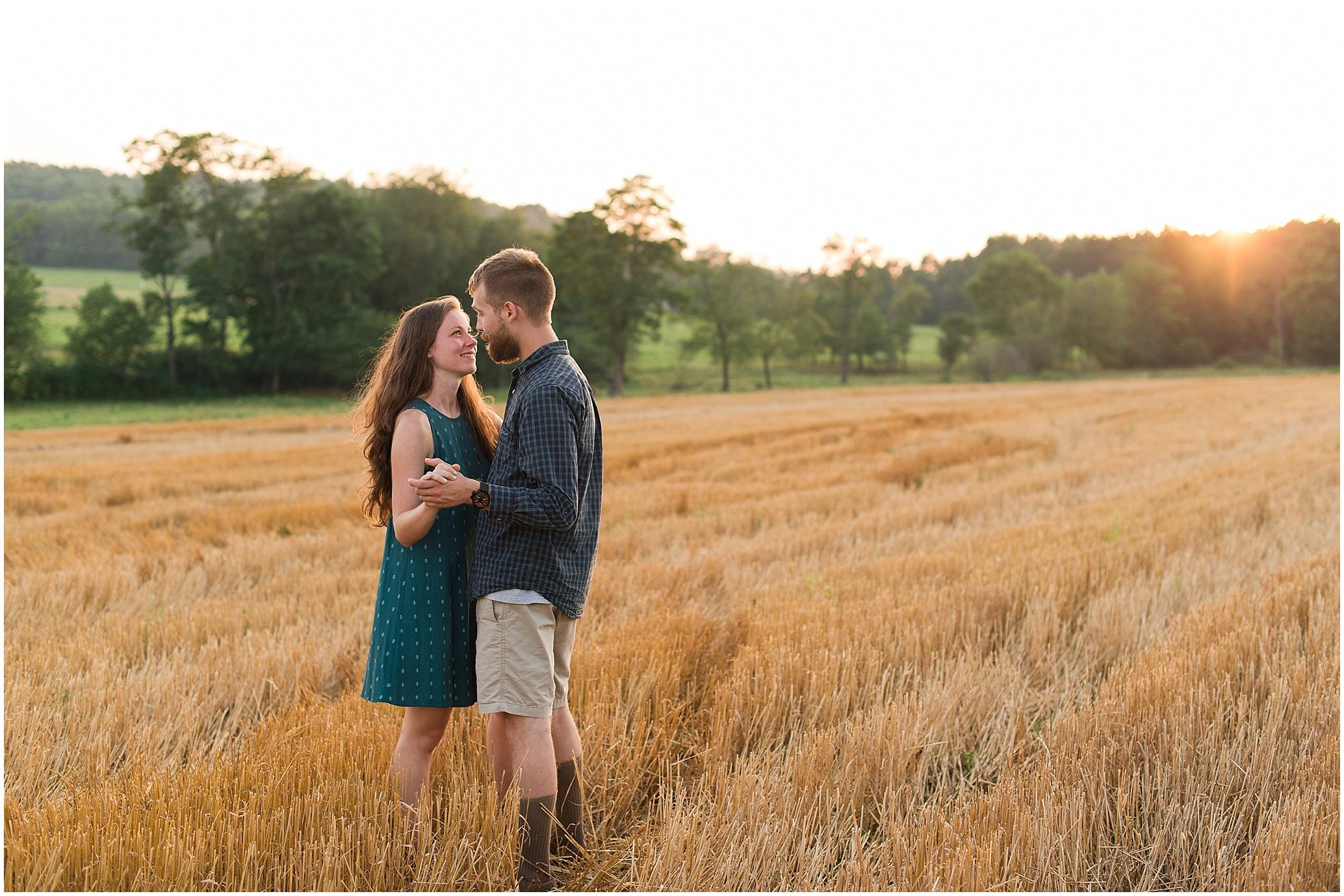 Hannah Leigh Photography Sunset Farm Engagement Session_0914.jpg