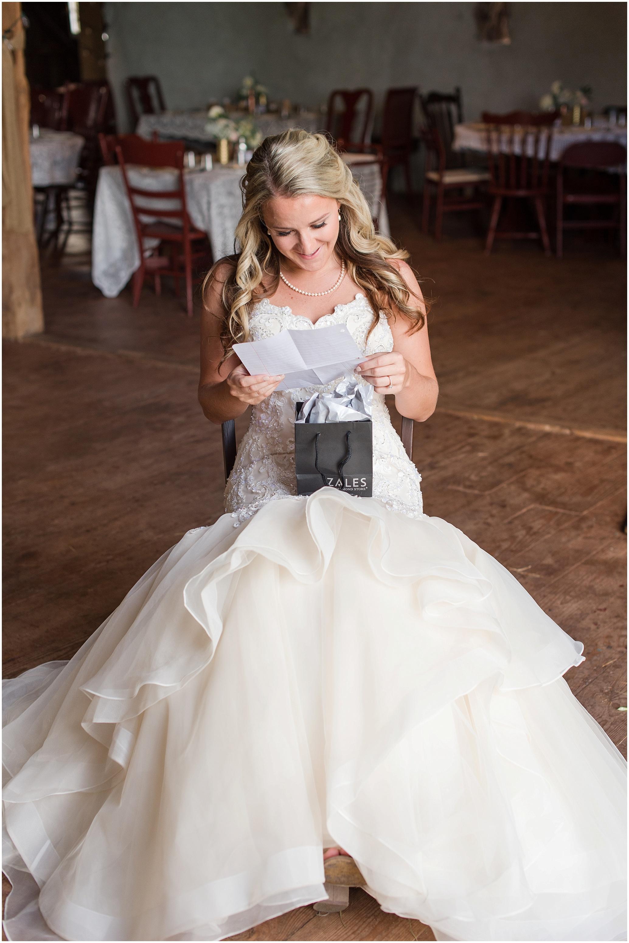 Hannah Leigh Photography Blue Hound Farm Wedding_1638.jpg