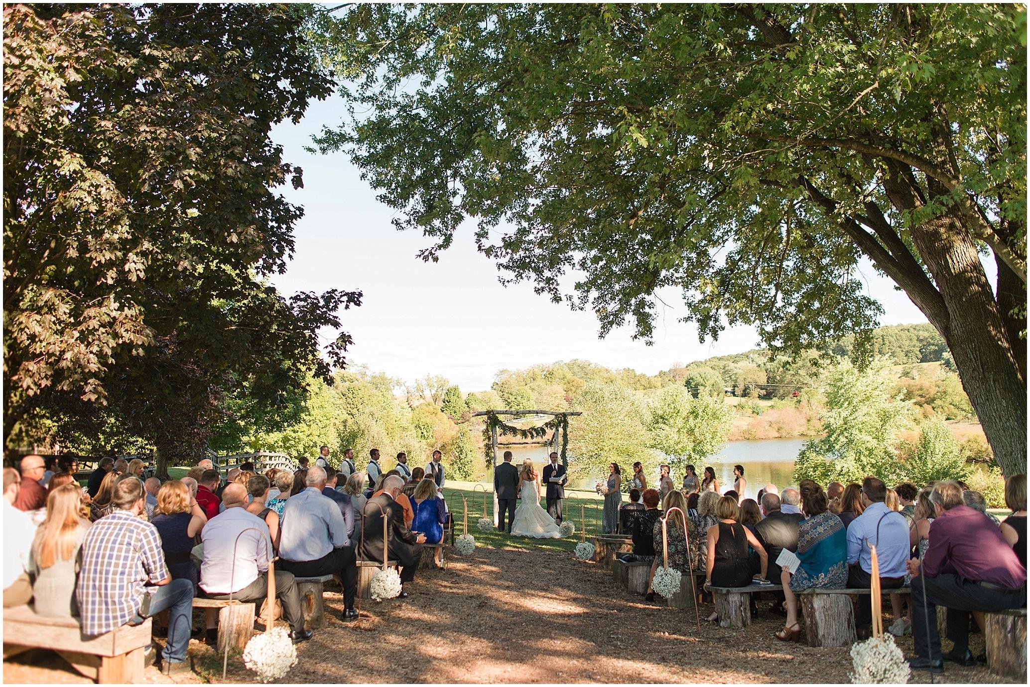 Hannah Leigh Photography Blue Hound Farm Wedding_1670.jpg