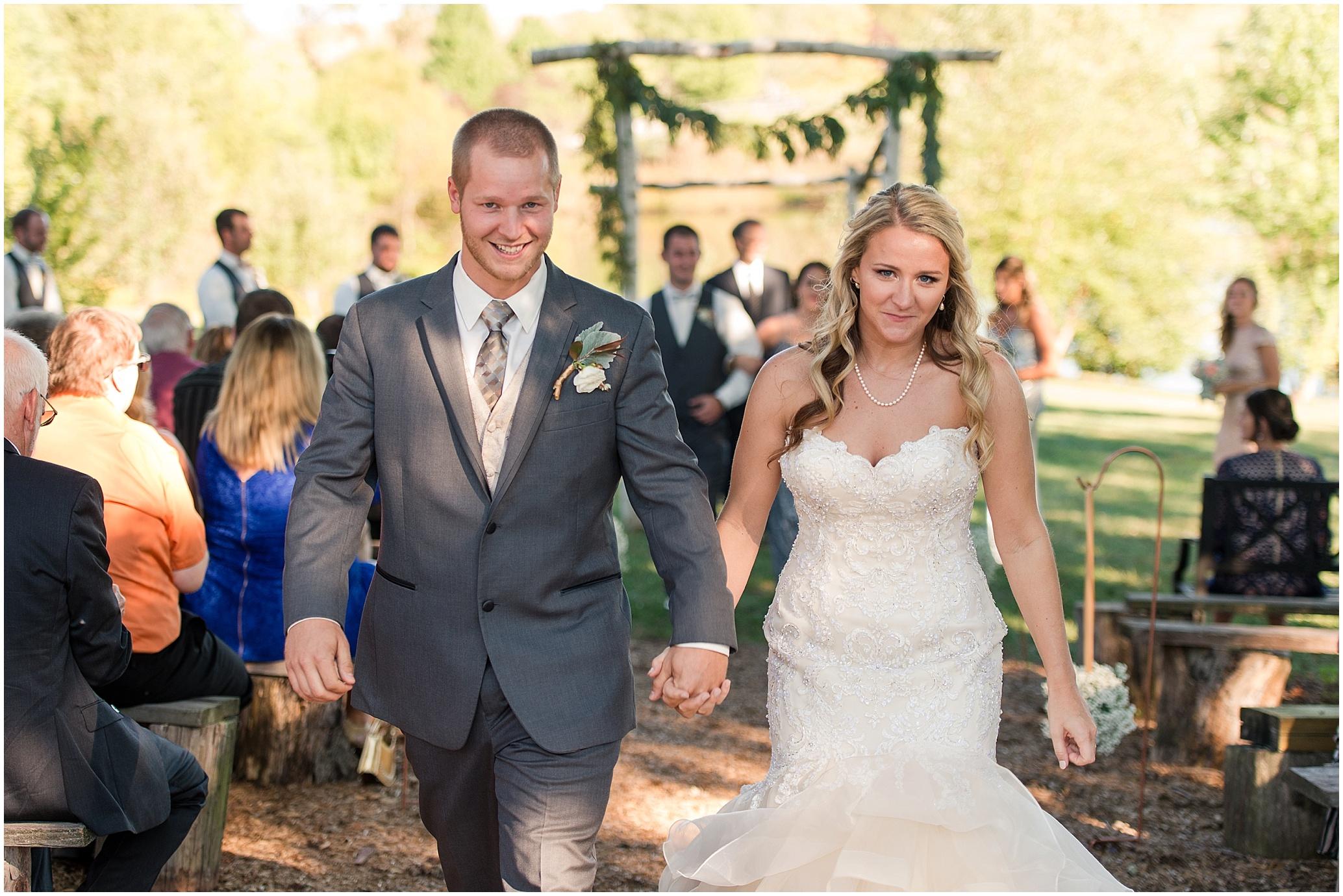 Hannah Leigh Photography Blue Hound Farm Wedding_1673.jpg