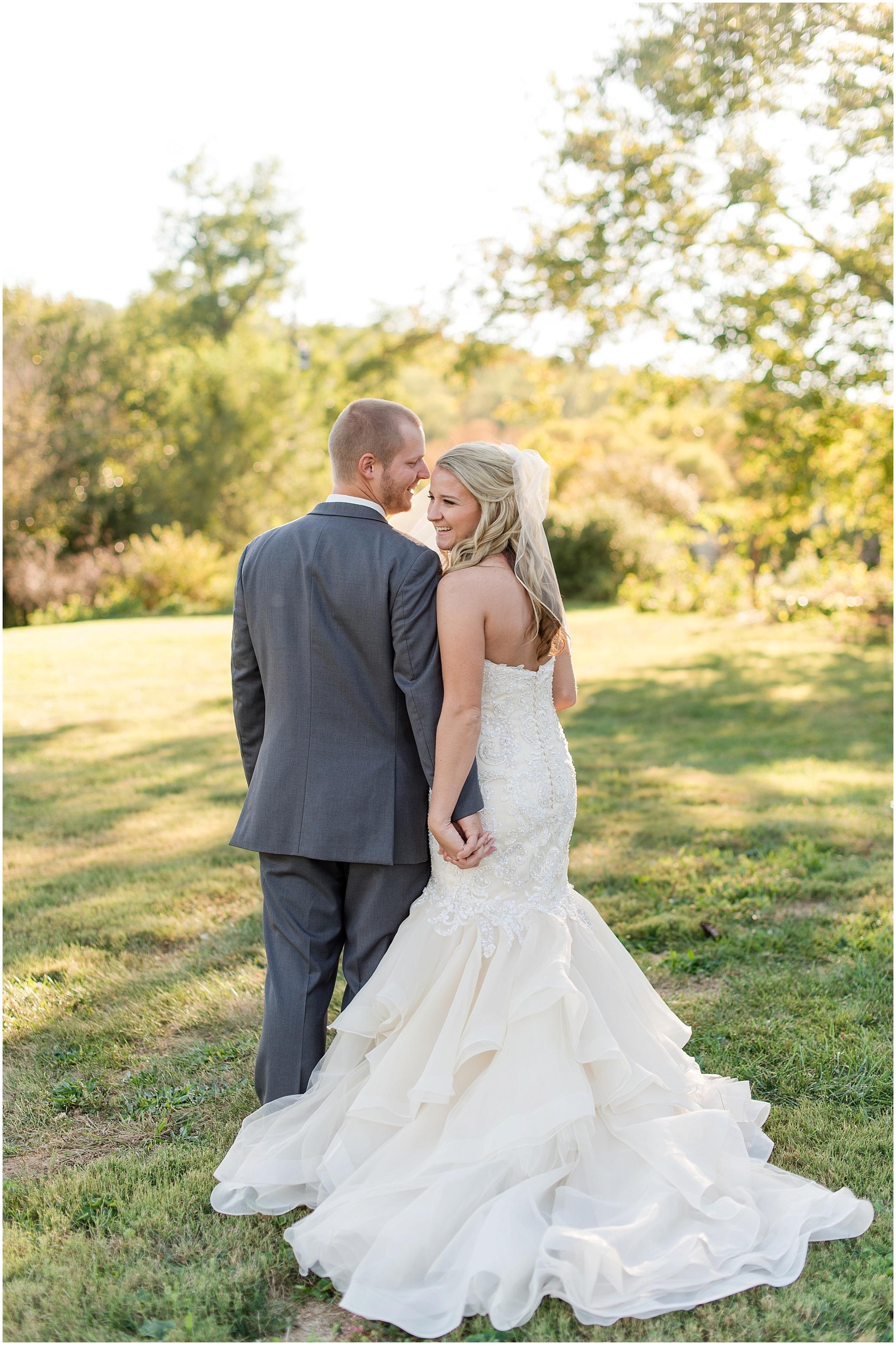 Hannah Leigh Photography Blue Hound Farm Wedding_1685.jpg