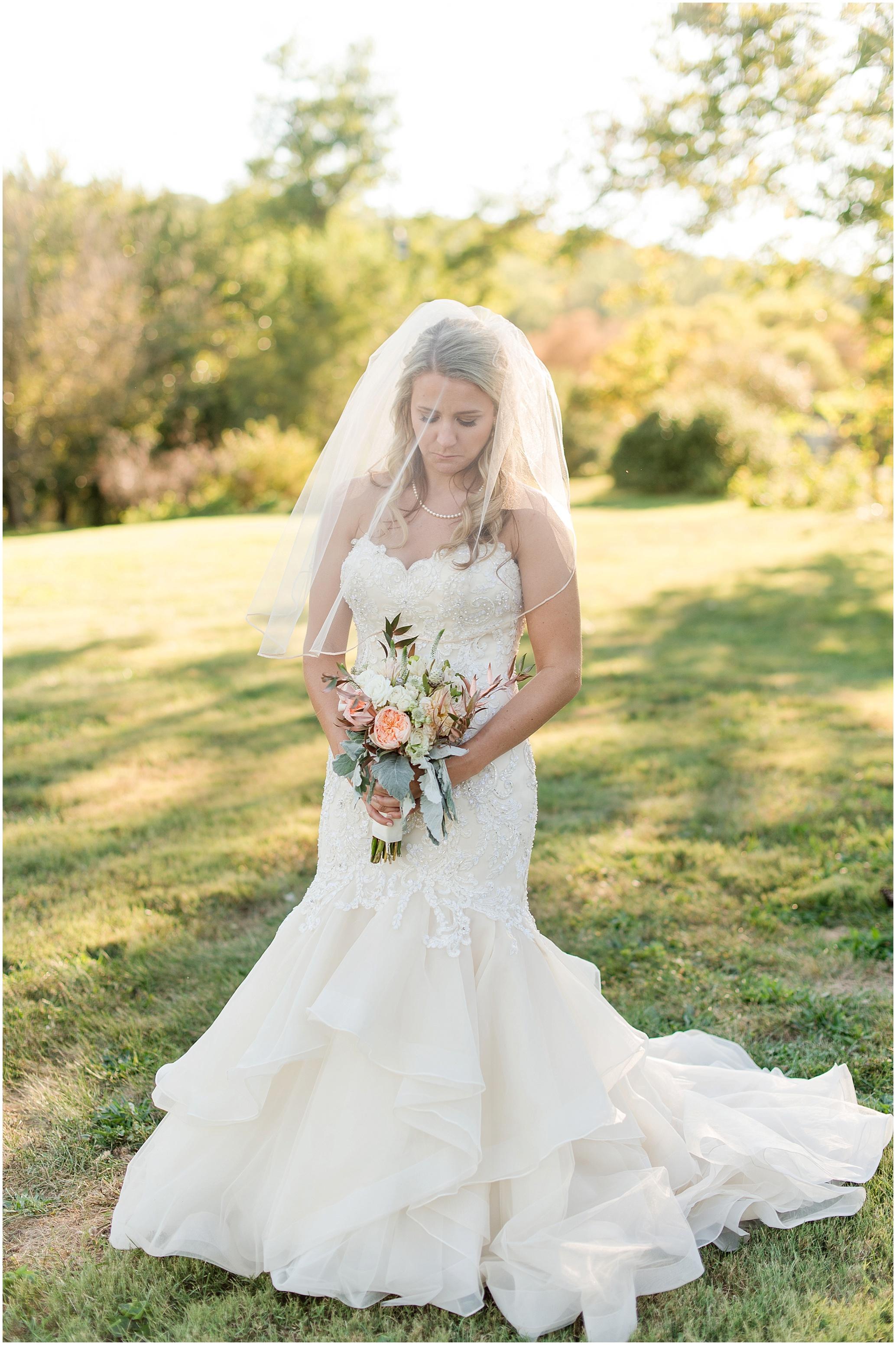 Hannah Leigh Photography Blue Hound Farm Wedding_1691.jpg