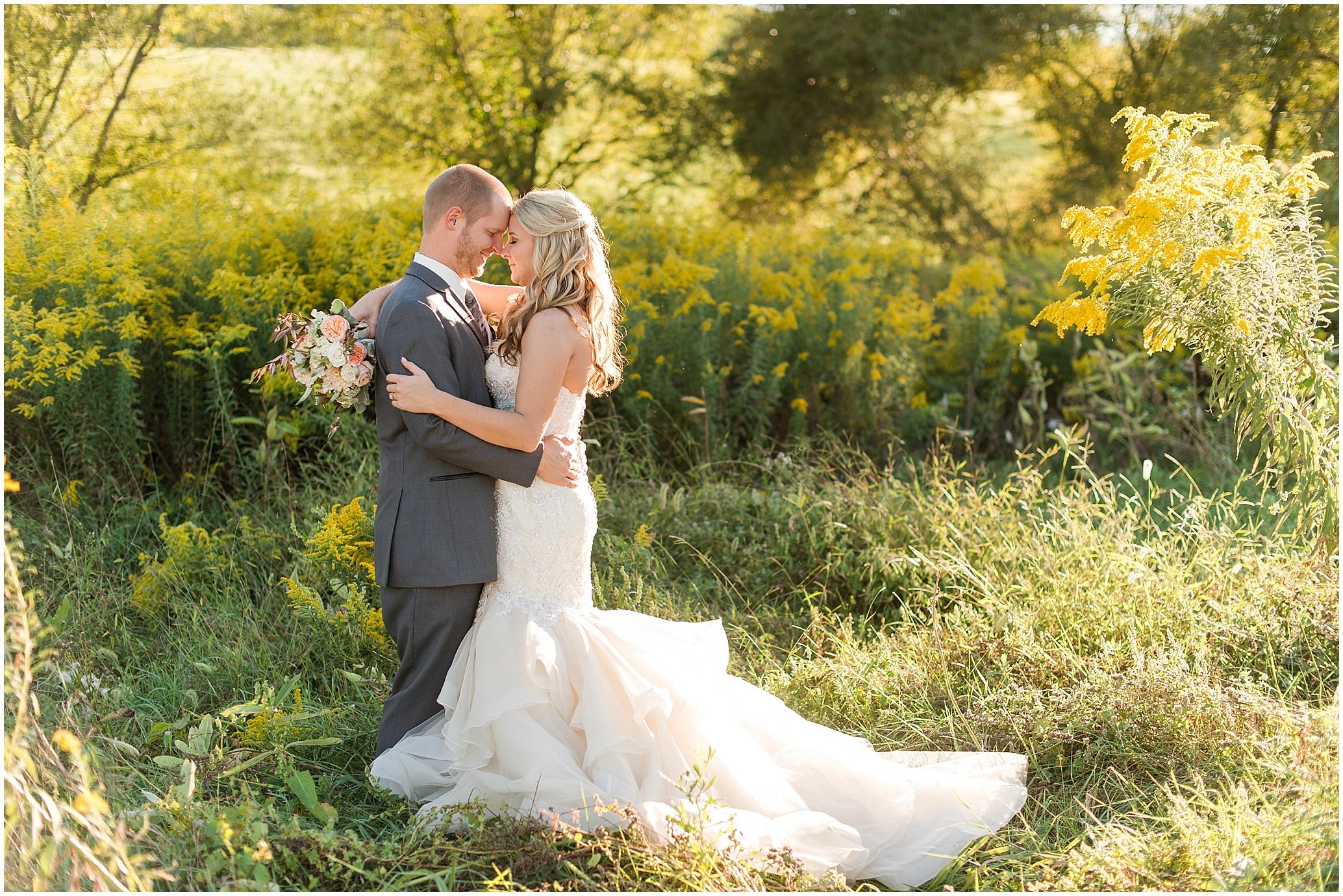 Hannah Leigh Photography Blue Hound Farm Wedding_1703.jpg