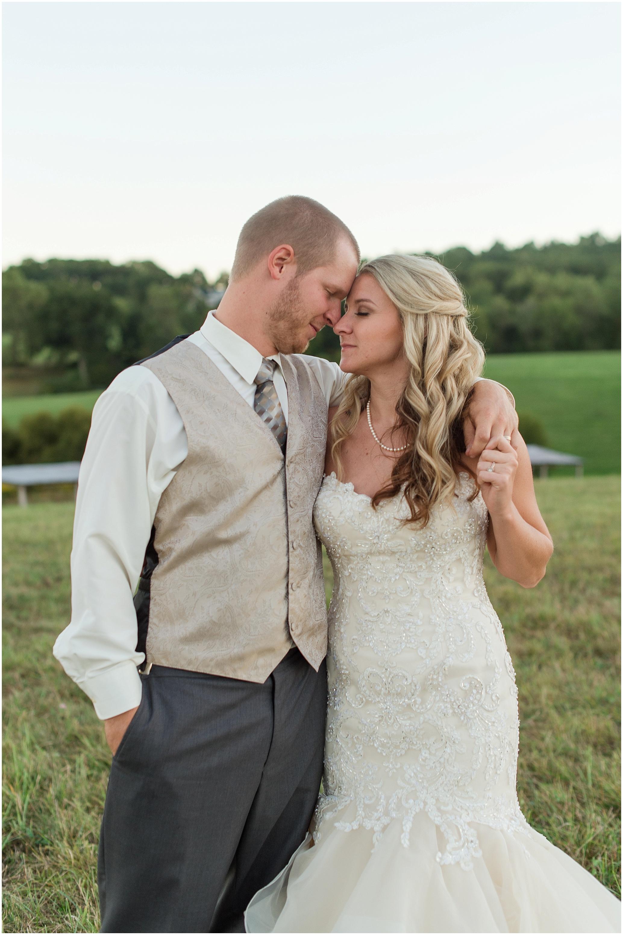 Hannah Leigh Photography Blue Hound Farm Wedding_1754.jpg