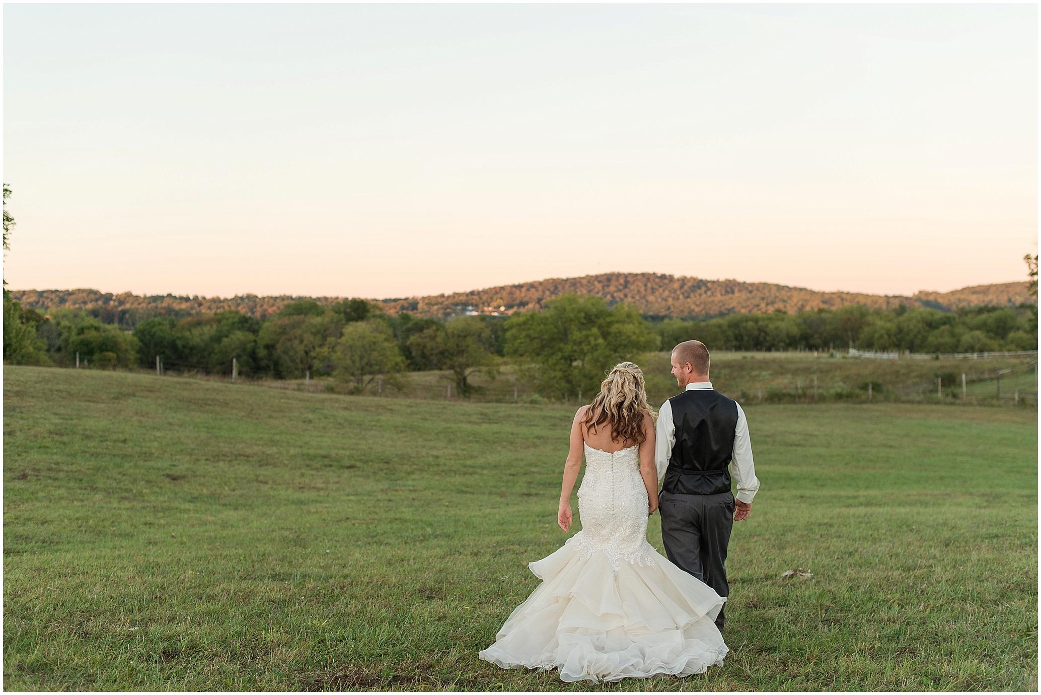 Hannah Leigh Photography Blue Hound Farm Wedding_1757.jpg