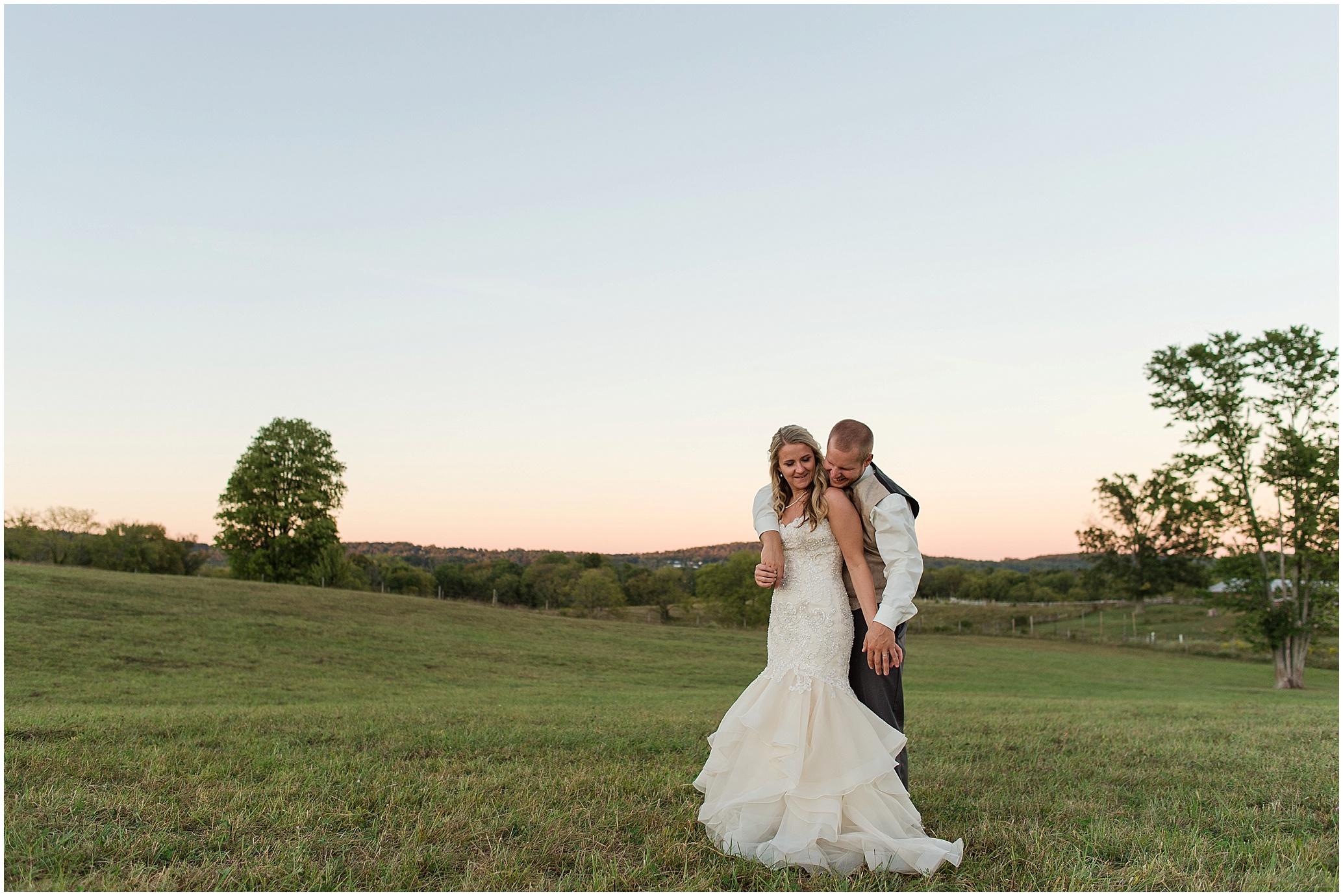 Hannah Leigh Photography Blue Hound Farm Wedding_1760.jpg