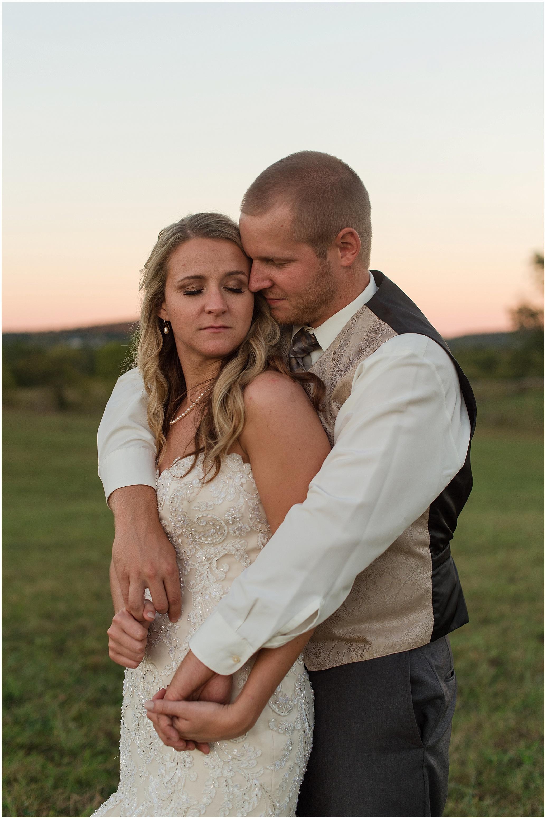 Hannah Leigh Photography Blue Hound Farm Wedding_1762.jpg