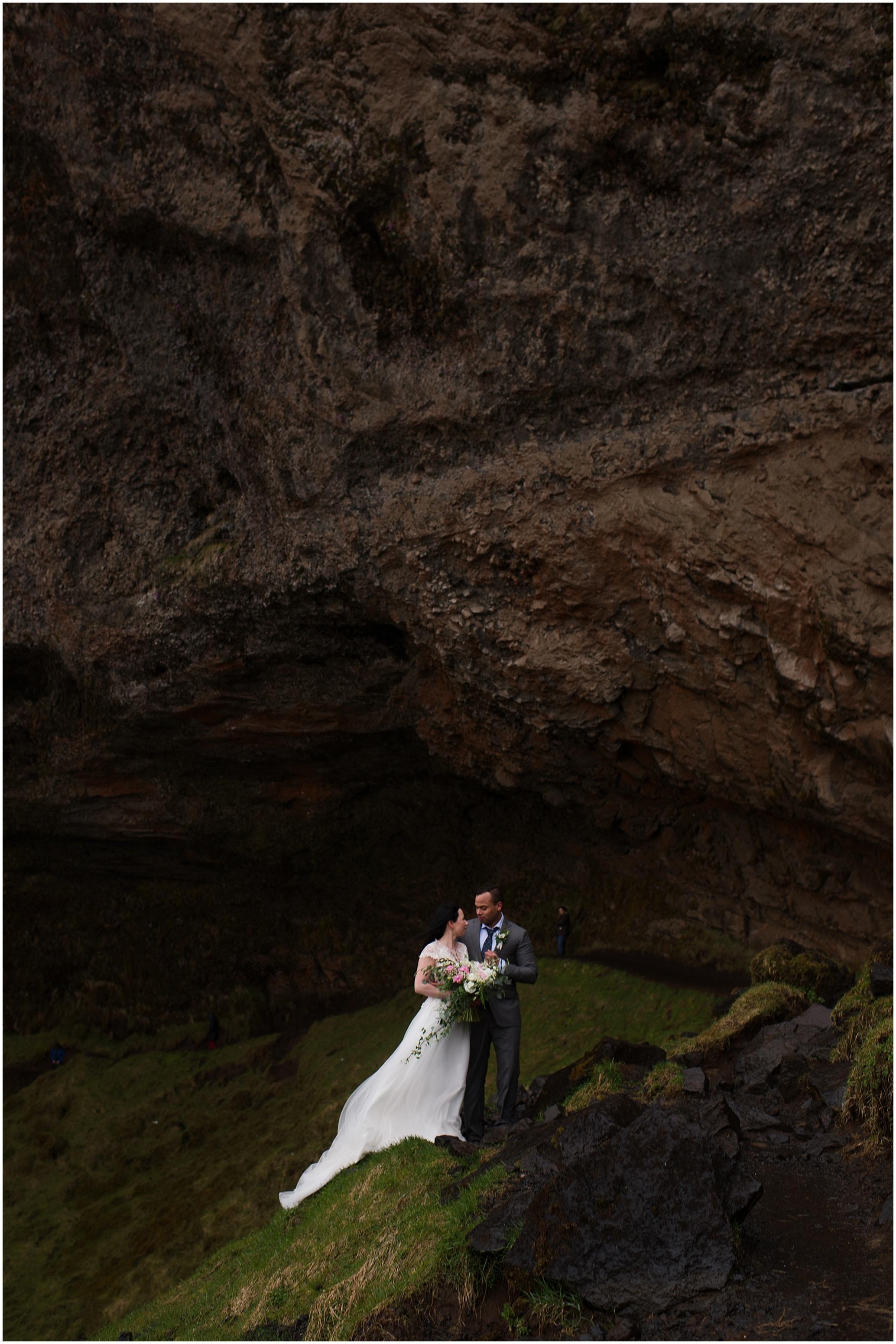 Hannah Leigh Photography Seljalandsfoss Iceland Elopement_2586.jpg