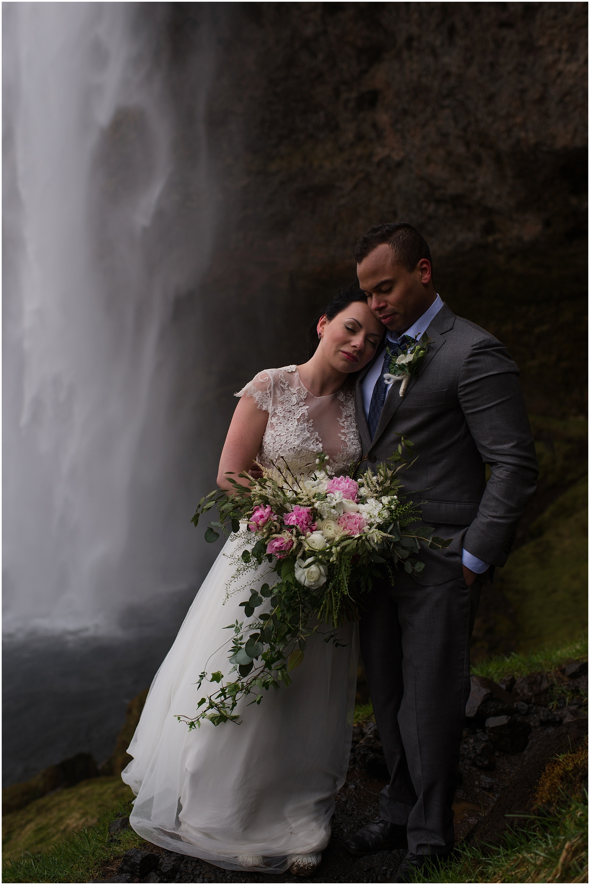 Hannah Leigh Photography Seljalandsfoss Iceland Elopement_2593.jpg