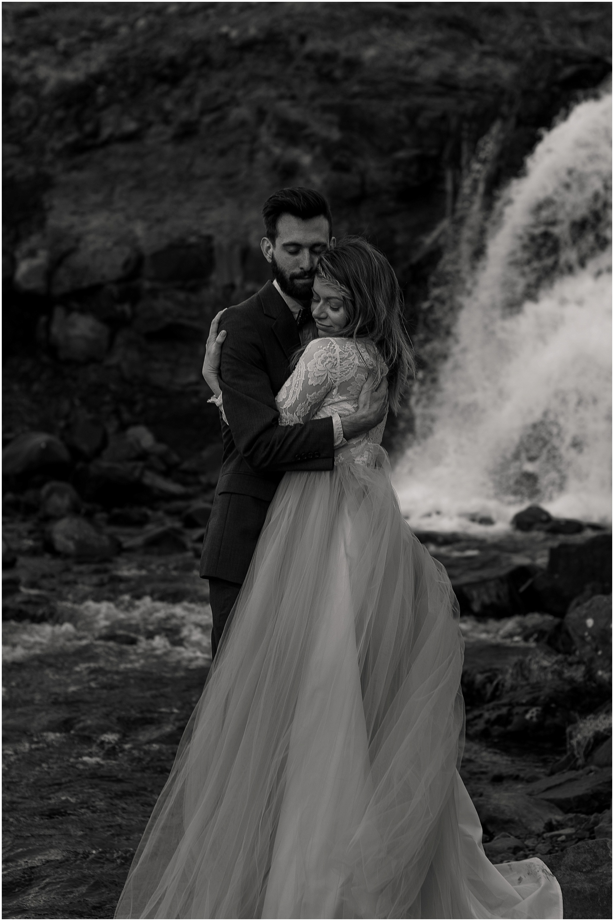 Hannah Leigh Photography Iceland Elopement_2770.jpg