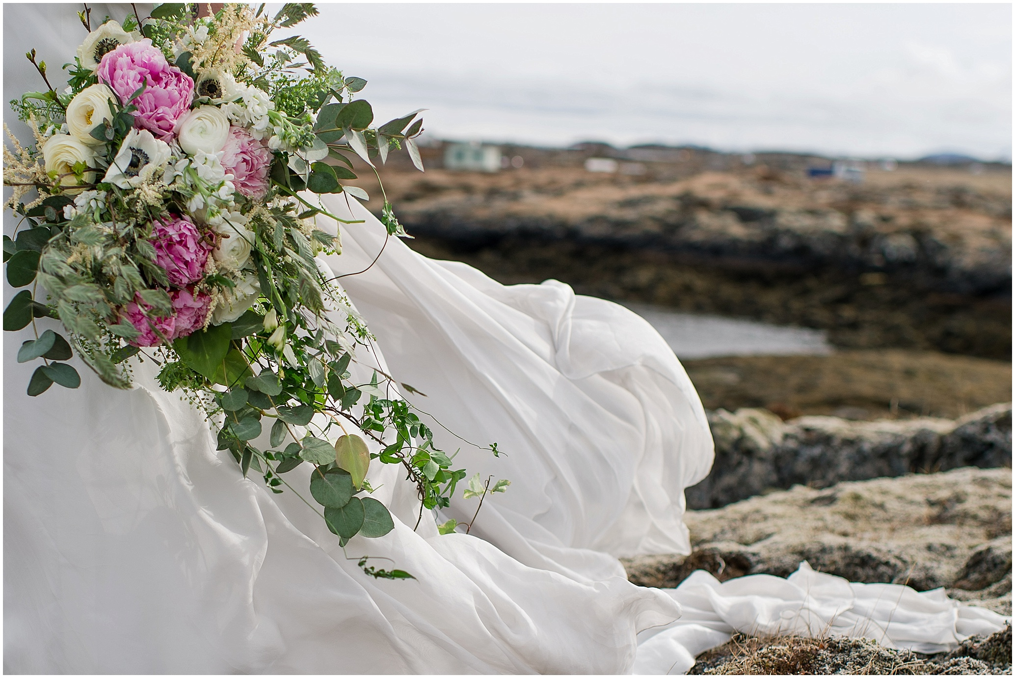 Hannah Leigh Photography Reykjavik Iceland Ivy and Aster Bridals_2849.jpg