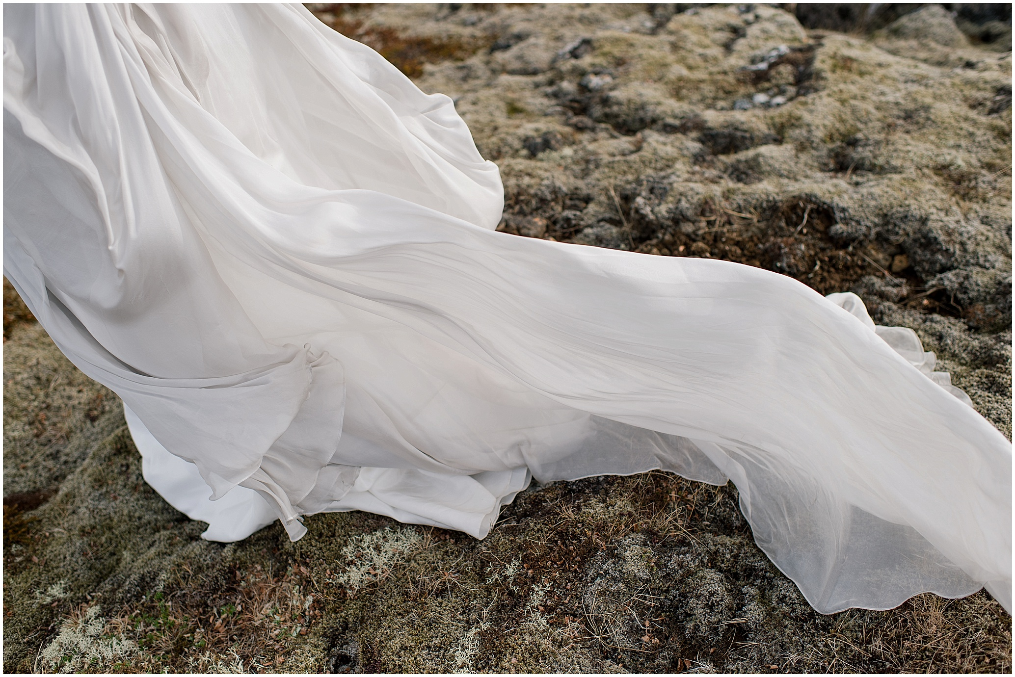 Hannah Leigh Photography Reykjavik Iceland Ivy and Aster Bridals_2846.jpg