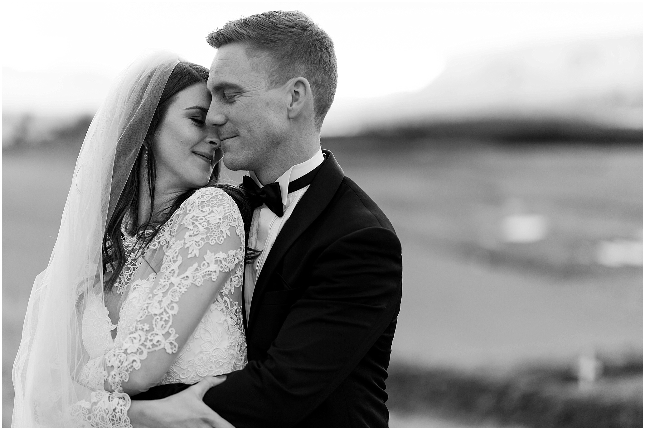 Hannah Leigh Photography Akureyri Iceland Wedding_3203.jpg