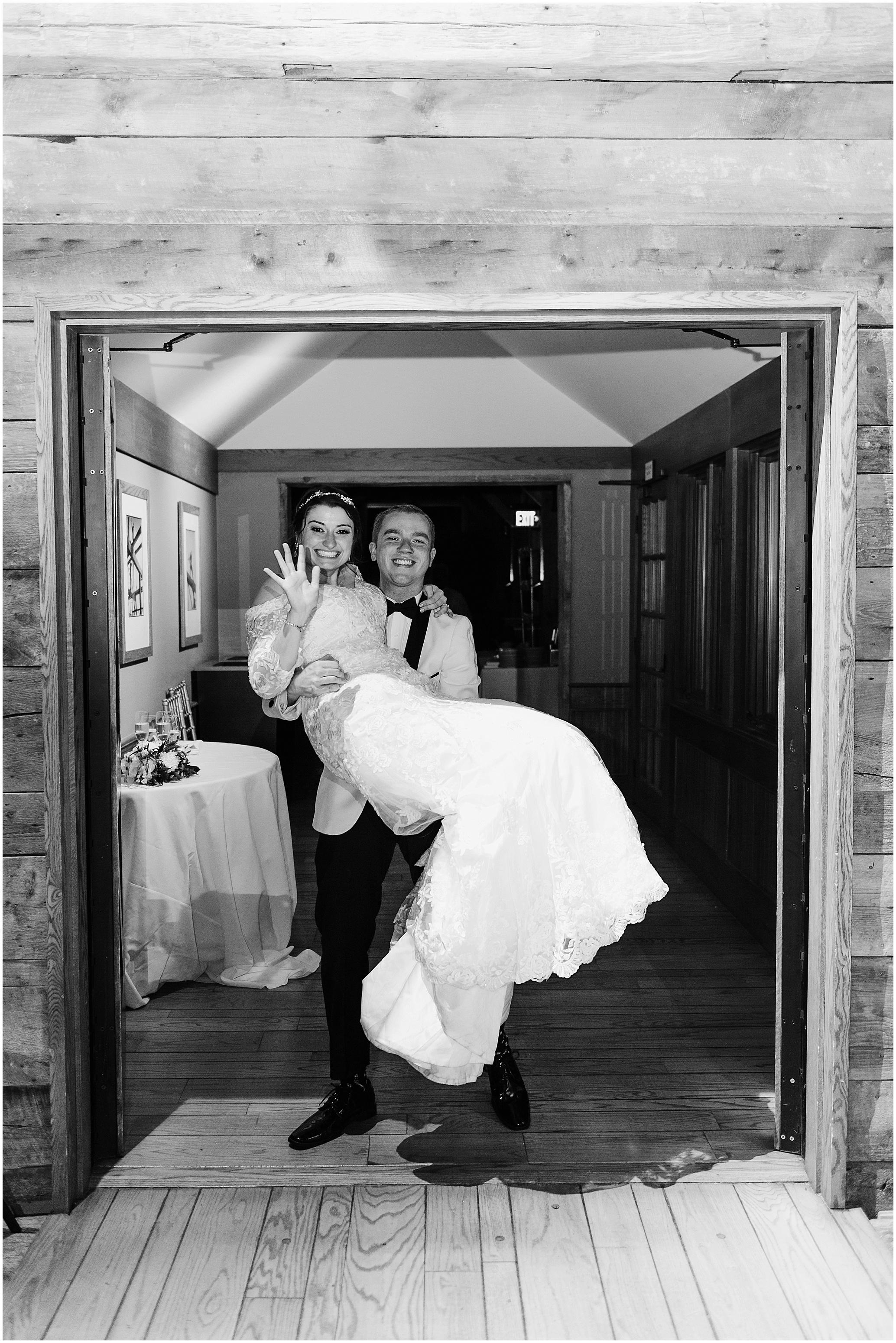 Hannah Leigh Photography The Barns at Wolf Trap Wedding Washington DC_7952.jpg