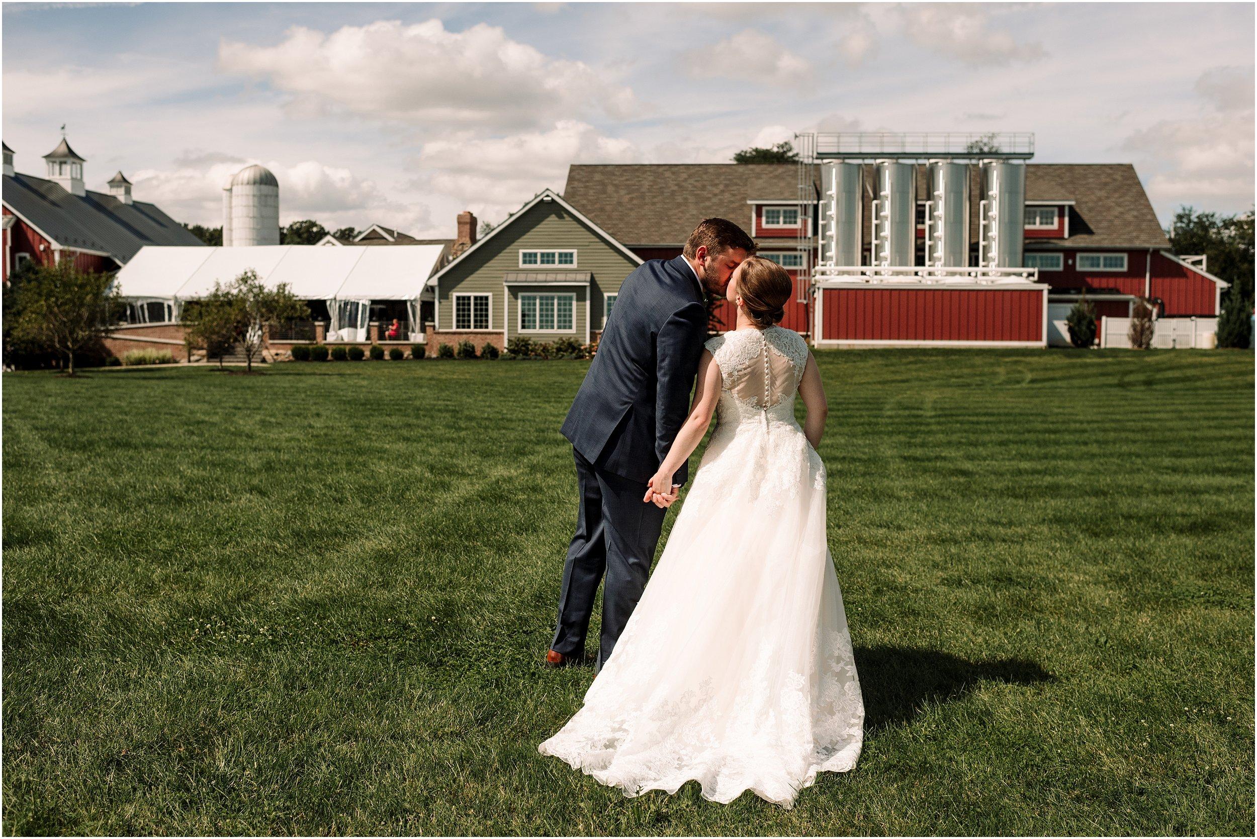 hannah leigh photography Wyndridge Farm Wedding York PA_1504.jpg