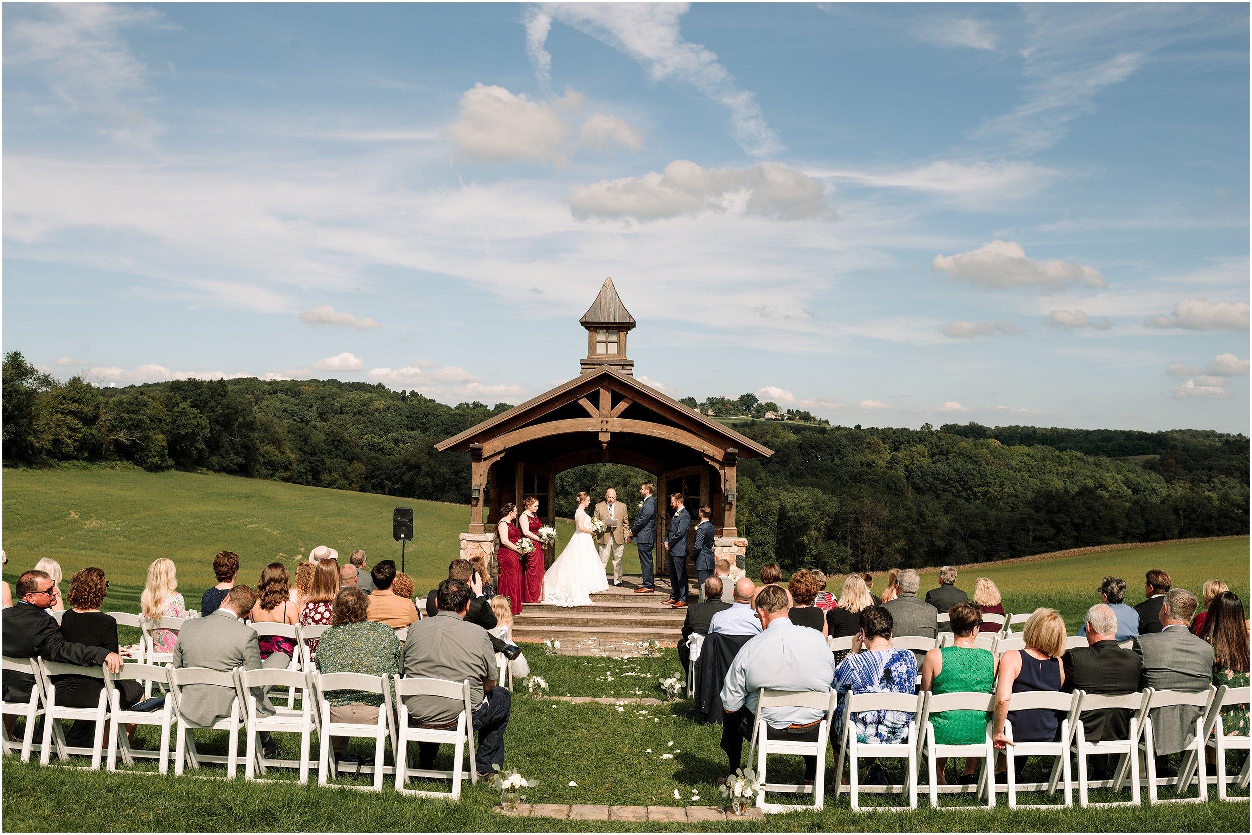 hannah leigh photography Wyndridge Farm Wedding York PA_1525.jpg