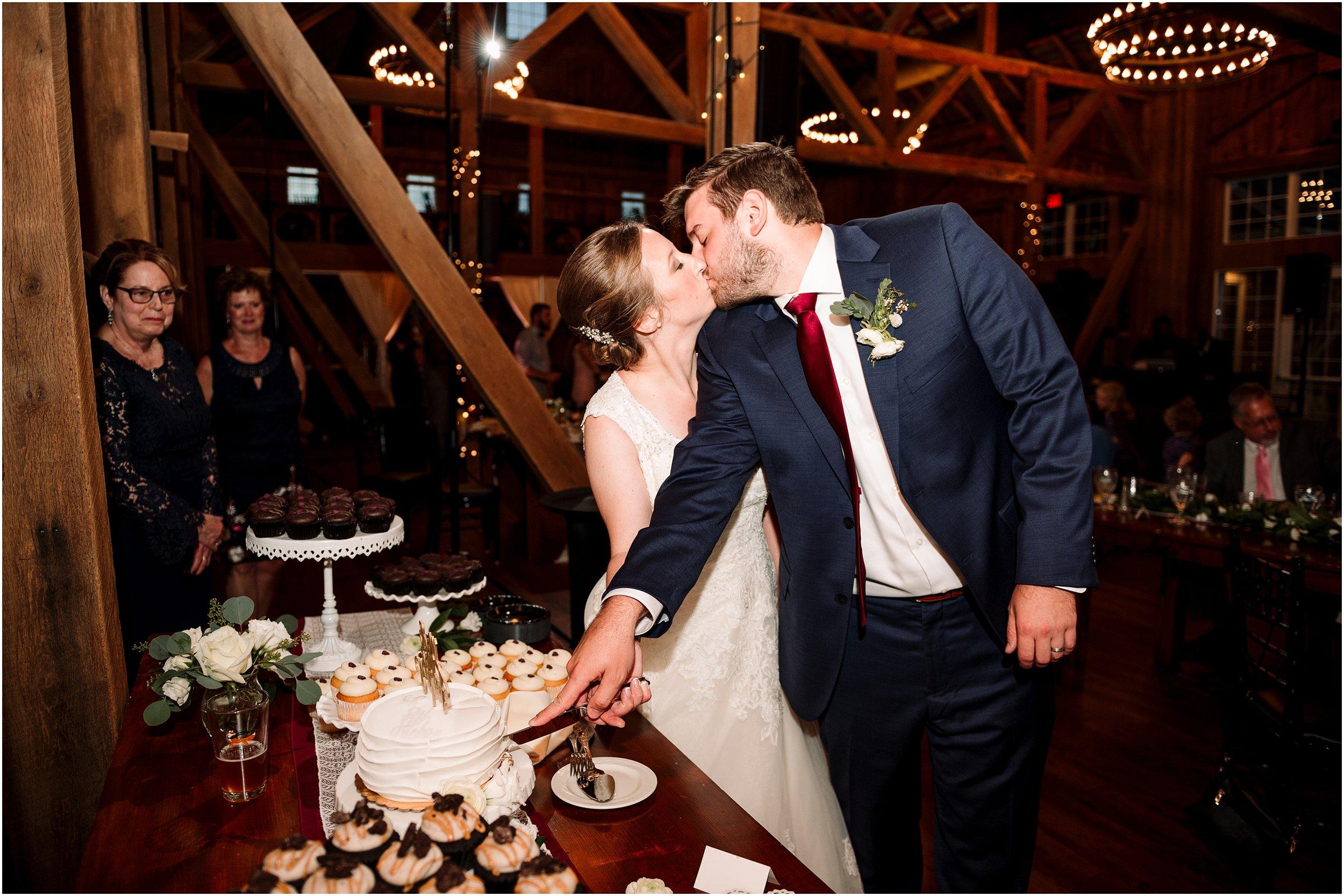 hannah leigh photography Wyndridge Farm Wedding York PA_1552.jpg