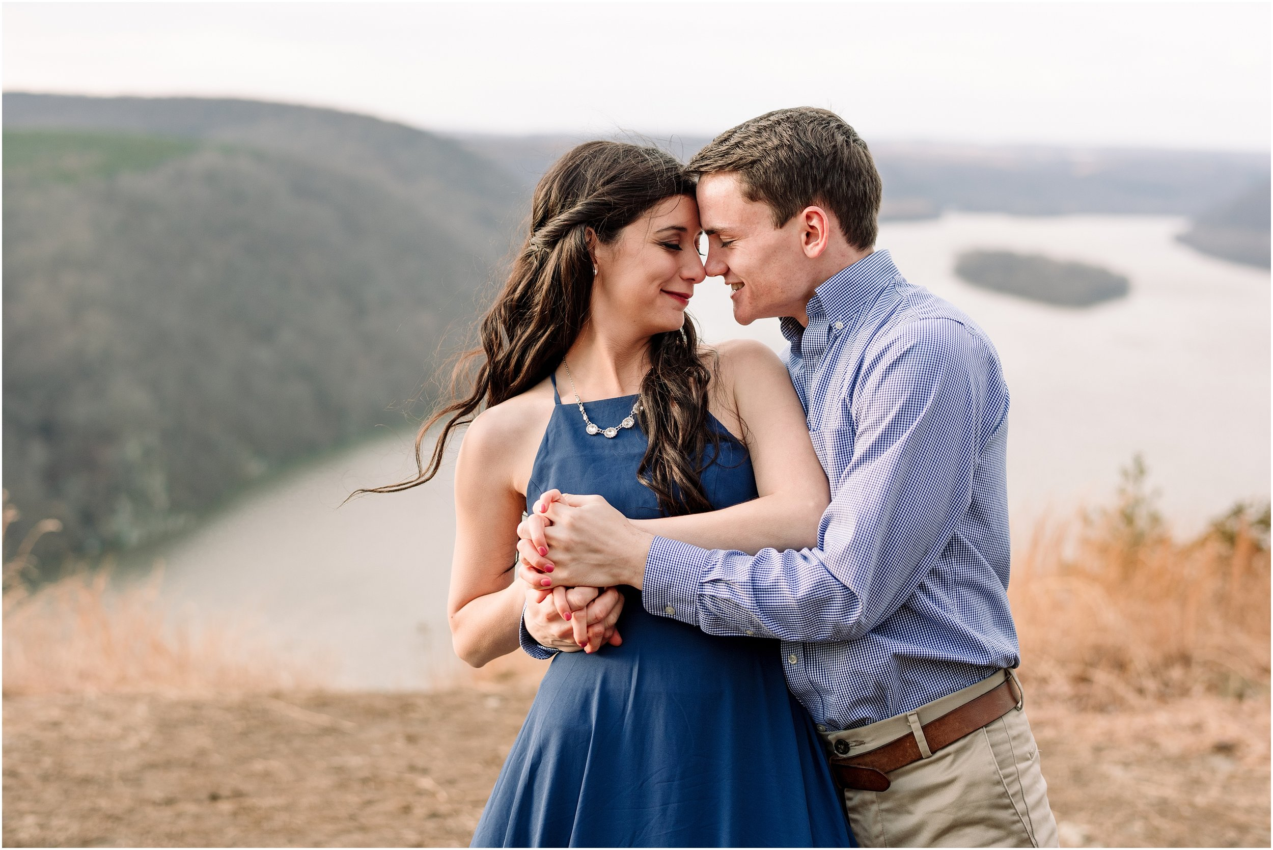 hannah leigh photography winter overlook engagement session lancaster PA_2640.jpg
