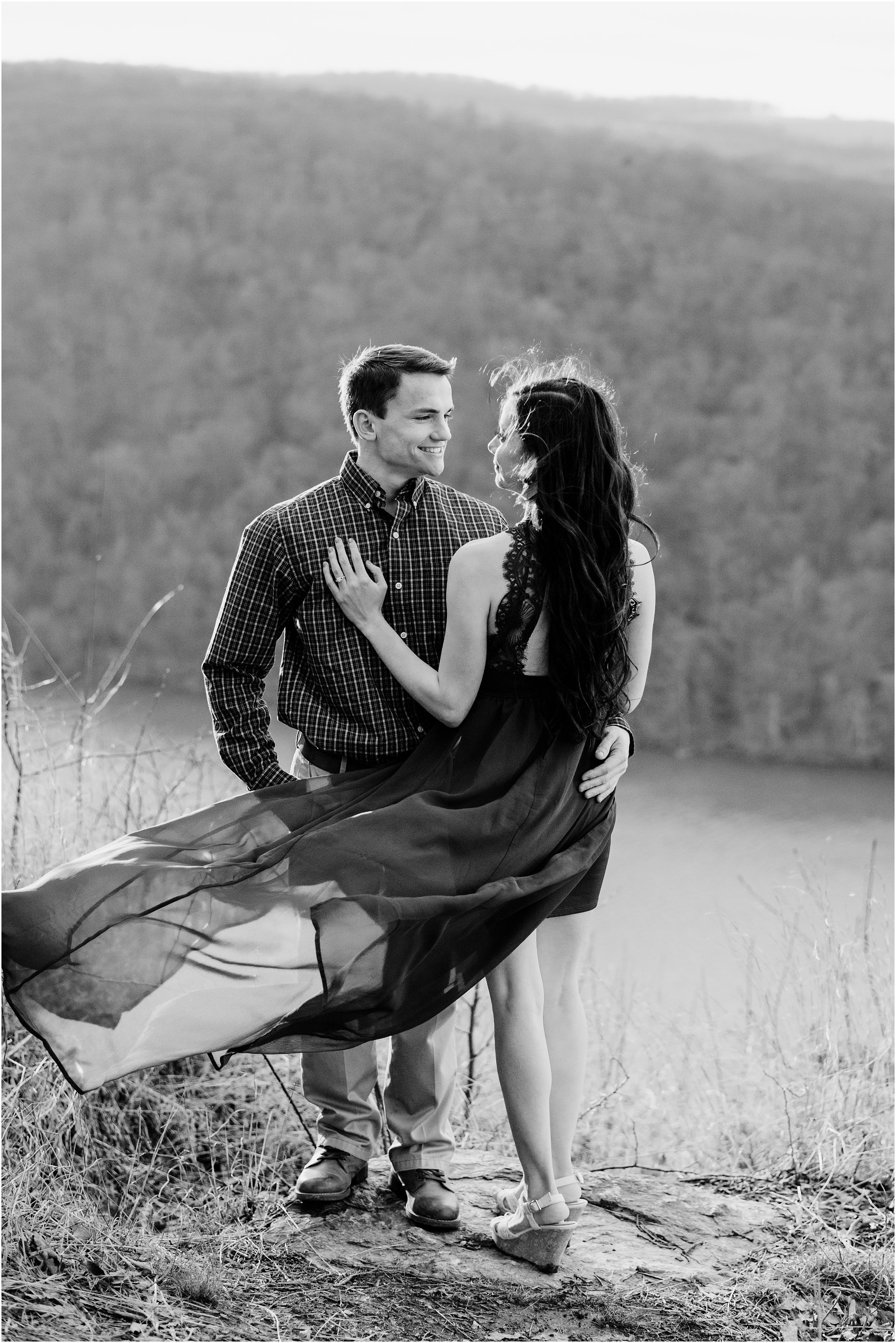 hannah leigh photography winter overlook engagement session lancaster PA_2655.jpg