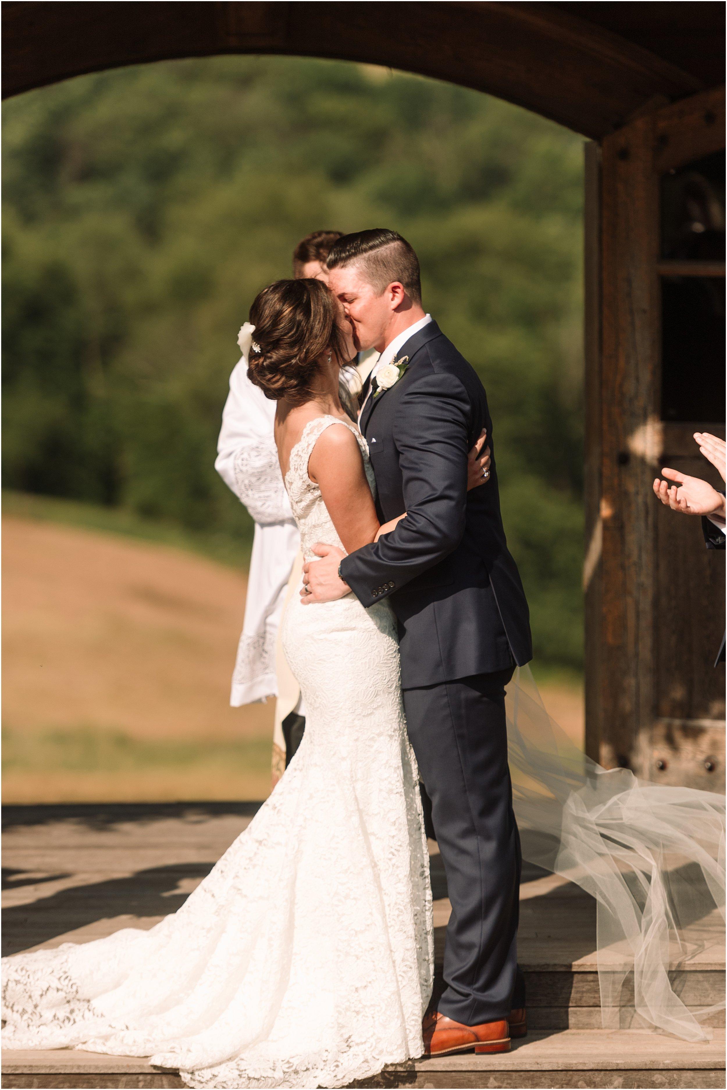hannah leigh photography wyndridge farm wedding york pa_3204.jpg