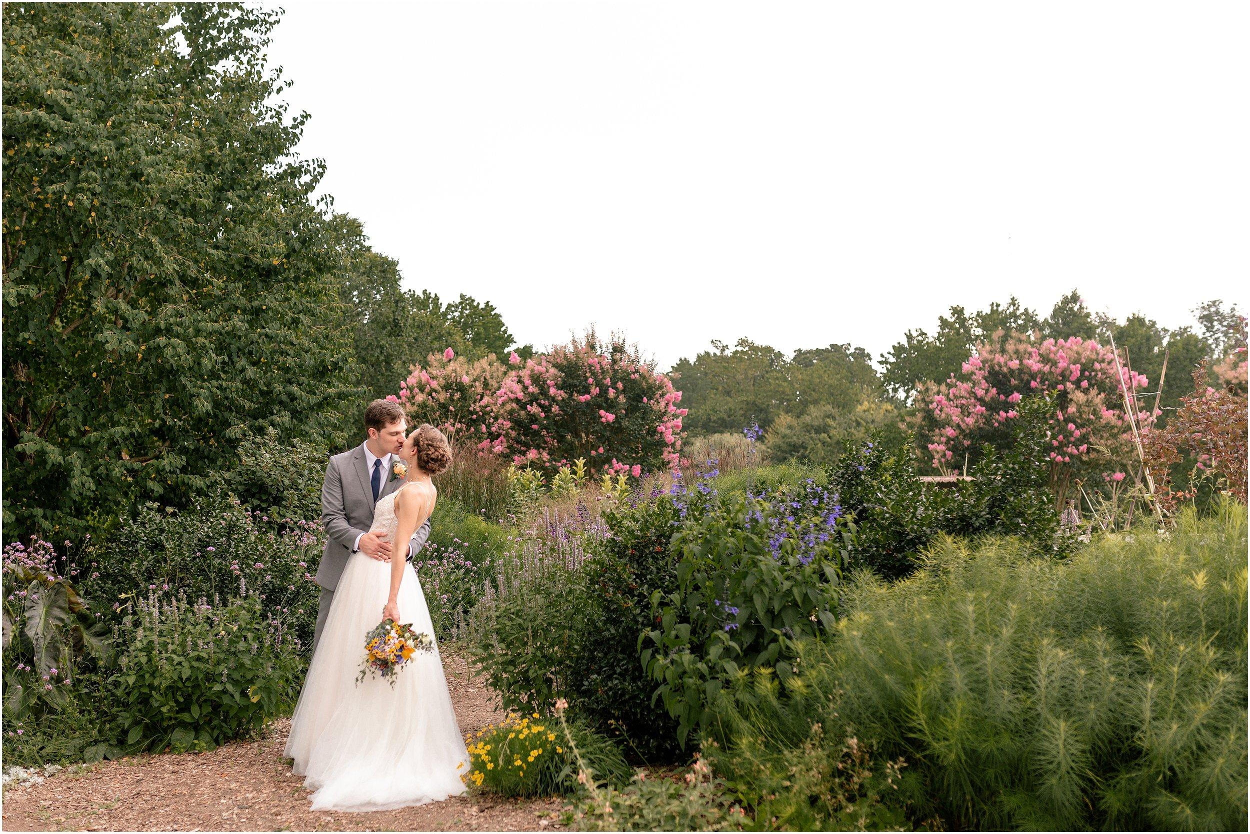 hannah leigh photography Cylburn Arboretum Wedding Baltimore, MD_3423.jpg
