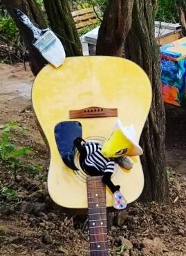 Musical Bee.jpg