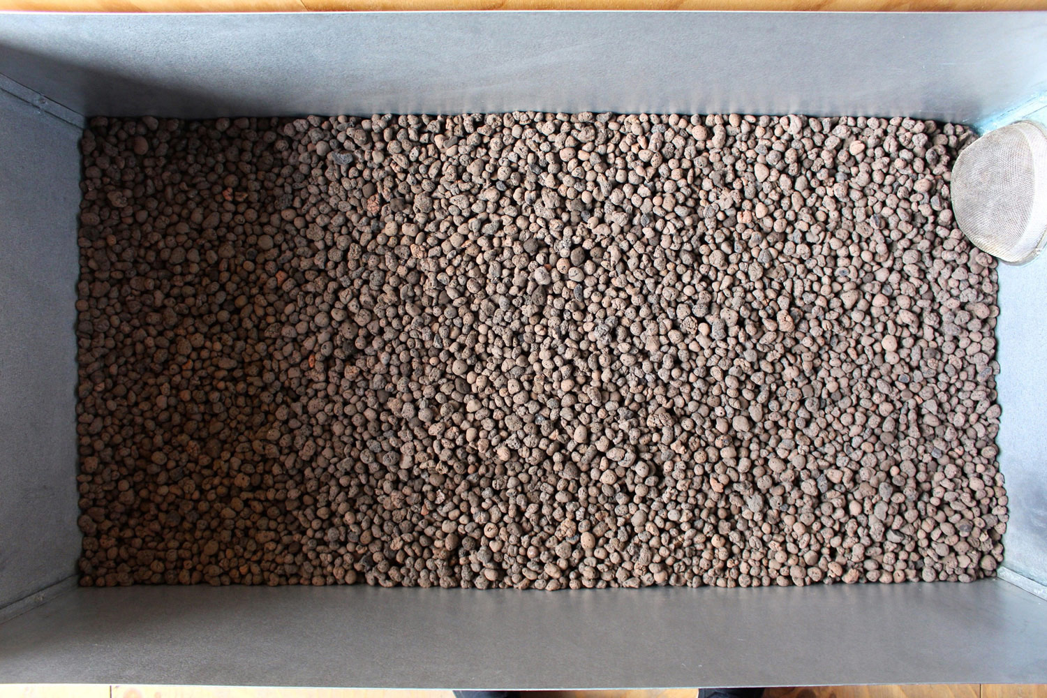 Sand and leca stone biofilm filter