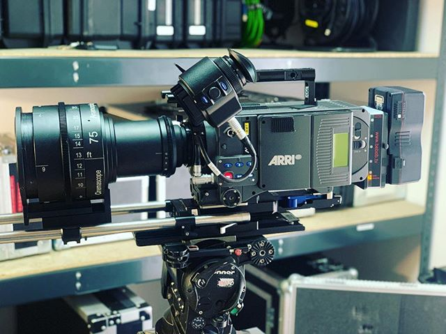 OMG 😈 Cinemascope Anamorphic!!!!#cinemascope #anamorphic #lenses #arri #filmmaking #filmindustry #camera #sternpictures