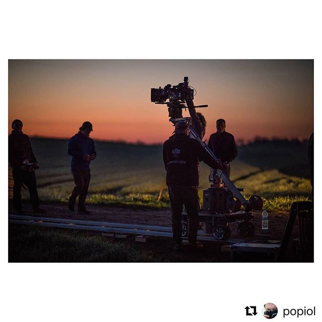 Our crew never sleeps 🦇 #Repost @popiol  #dop @pozdnyakovs  #filmcrew #sternpictures #onset🎥🎬 #onset #movitech #movitechdolly #arri #arrilighting #cinematography #cinematographer #commercial #crew #behindthescenes #redcamera#teradek