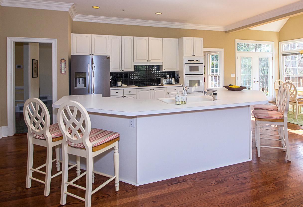 13-Kitchen2 copy.jpg