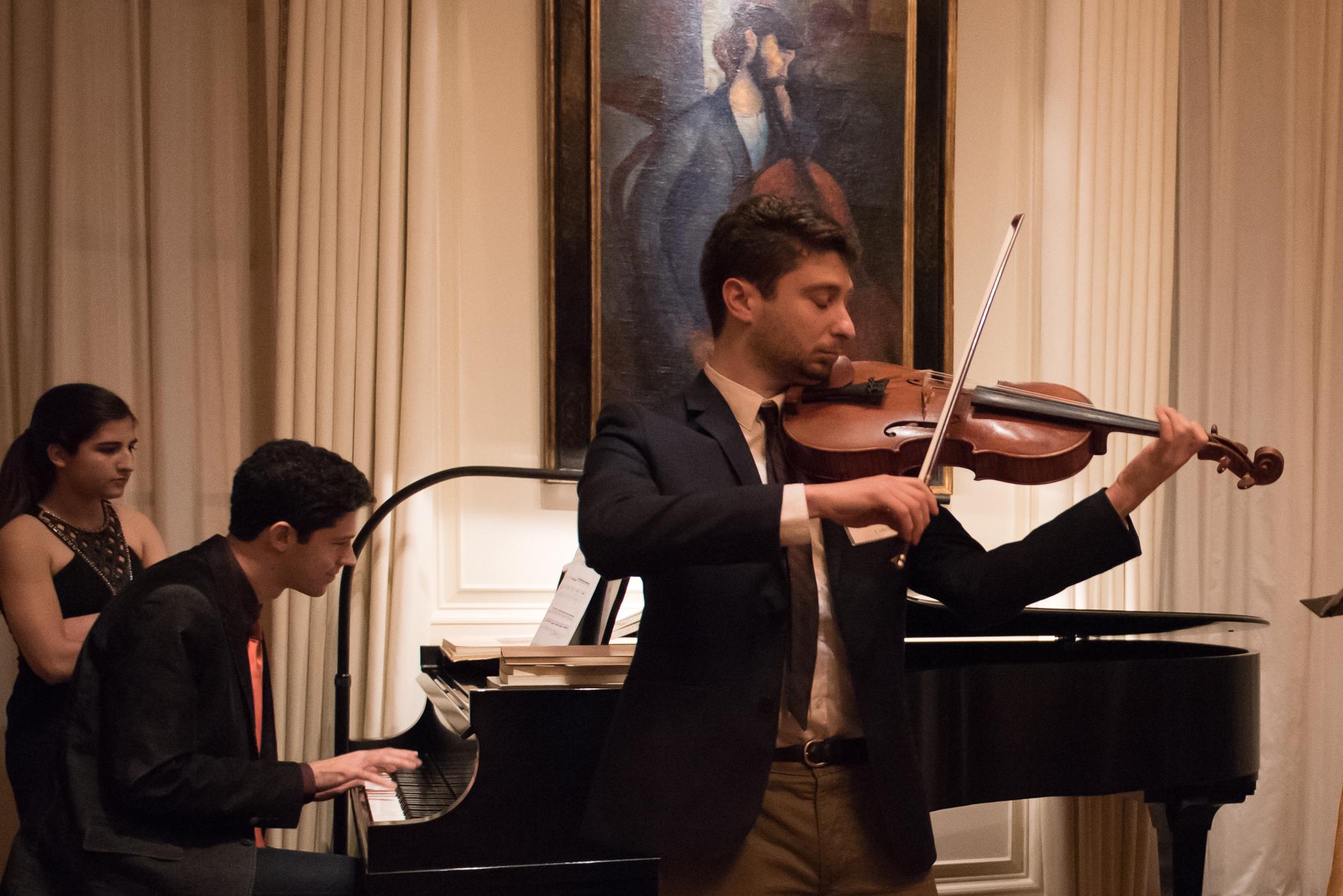 Private Peformance with Tomer Gewirtzman, Piano - Photo credit Nan Melville