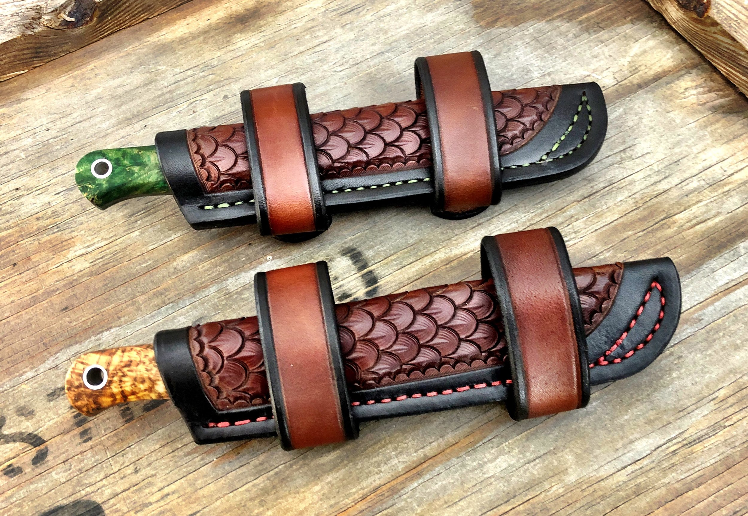 Dual Back Carry Trekker style sheaths with snaps.
