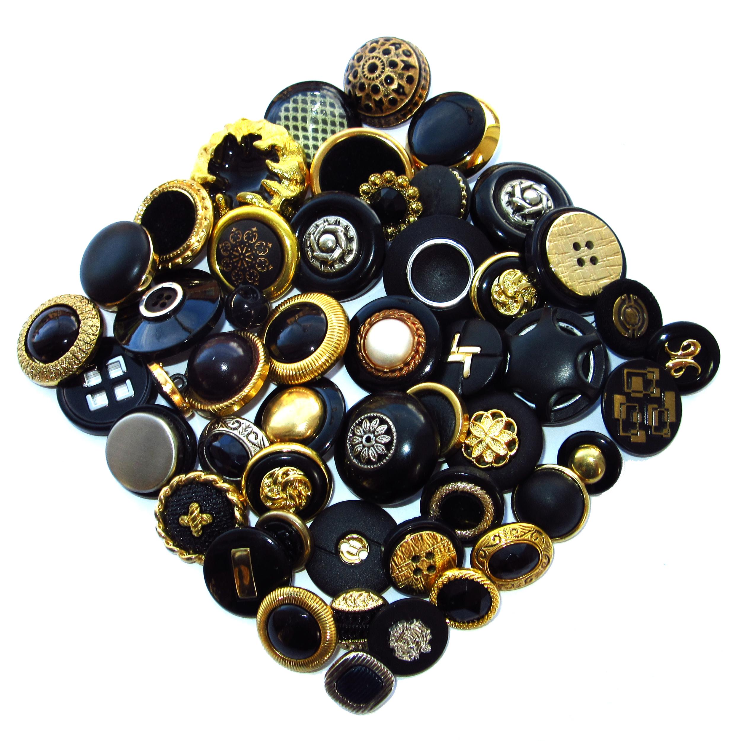 Boutons noirs et dorés