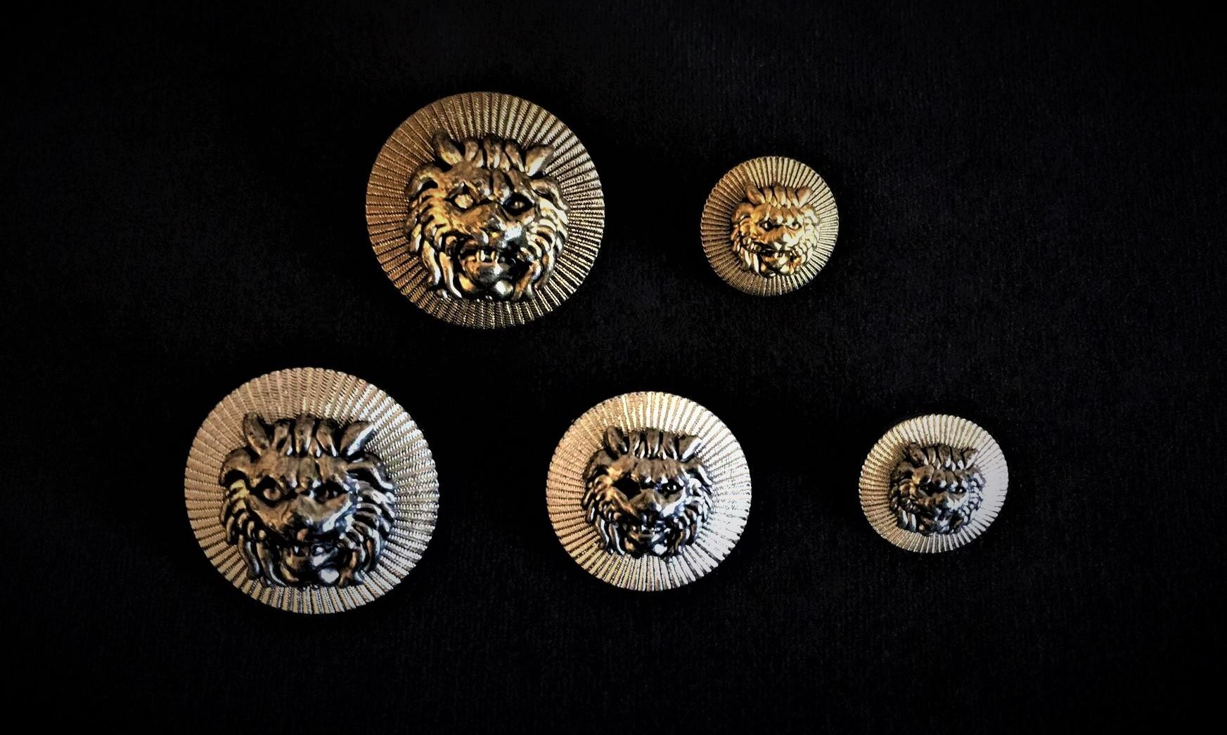 Balmain Style Buttons
