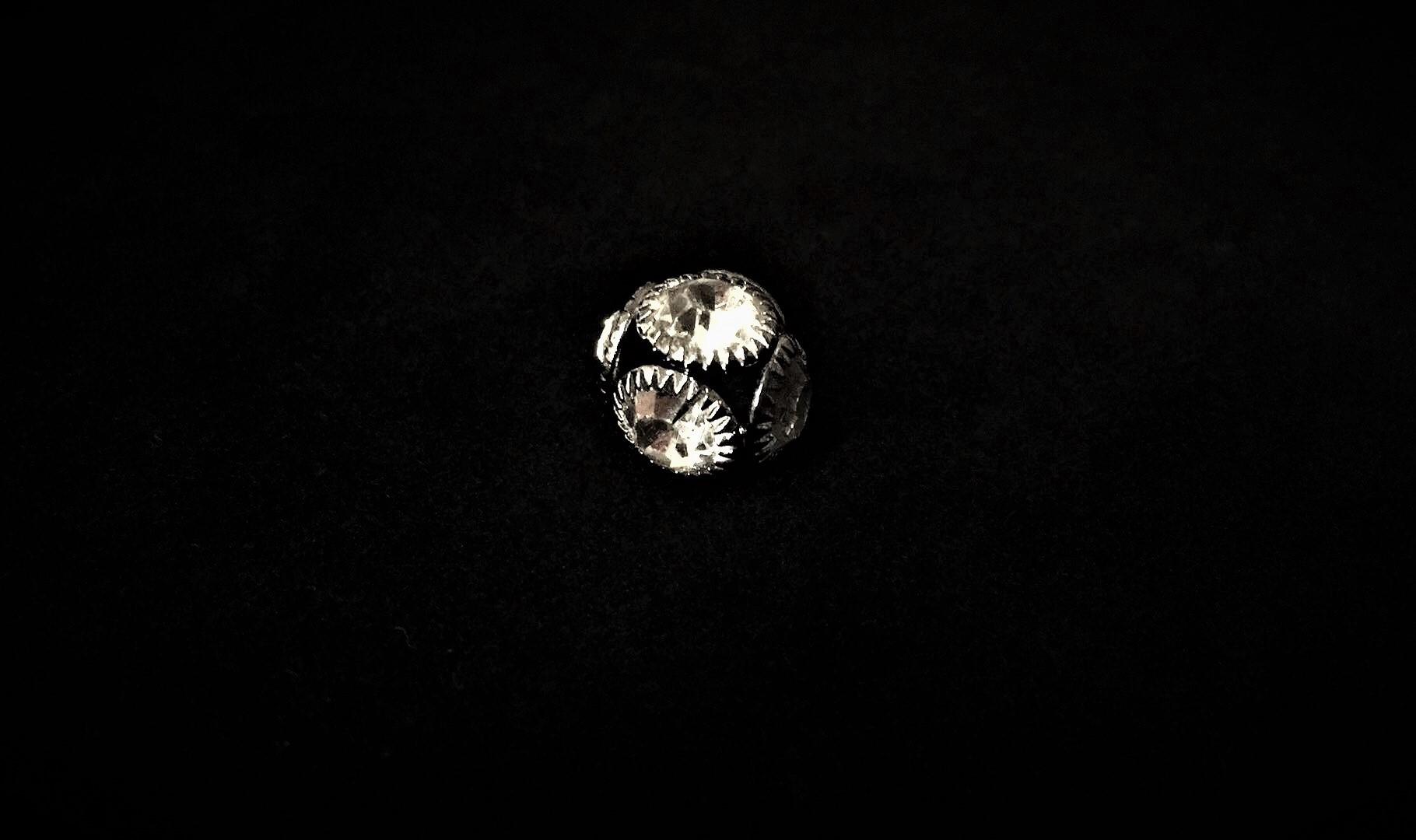 Bouton rond en pierre du rhin