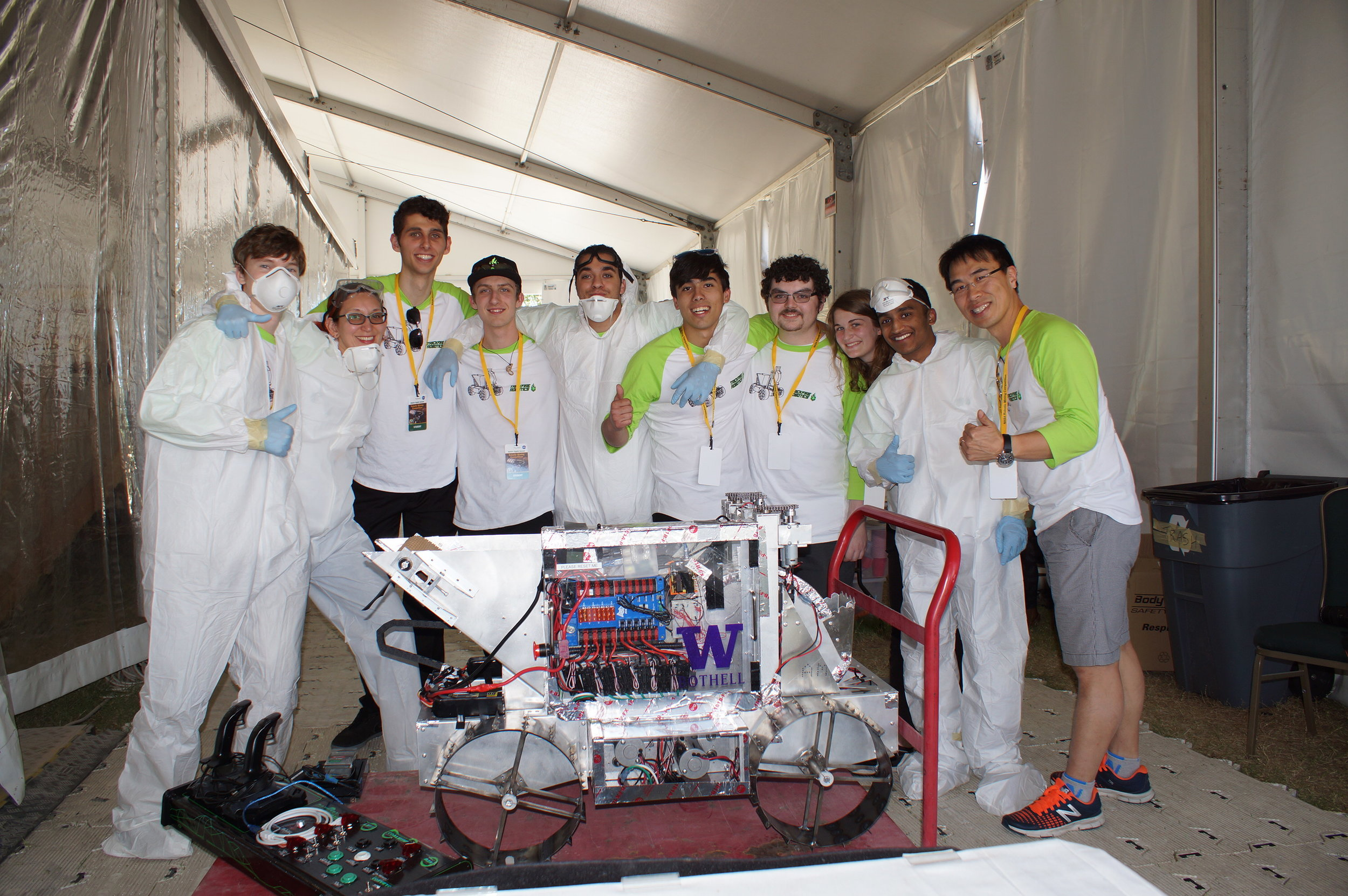 Design it. Build it. Dig it. - A portfolio component on my experience of the NASA Robotic Mining Competition 2017