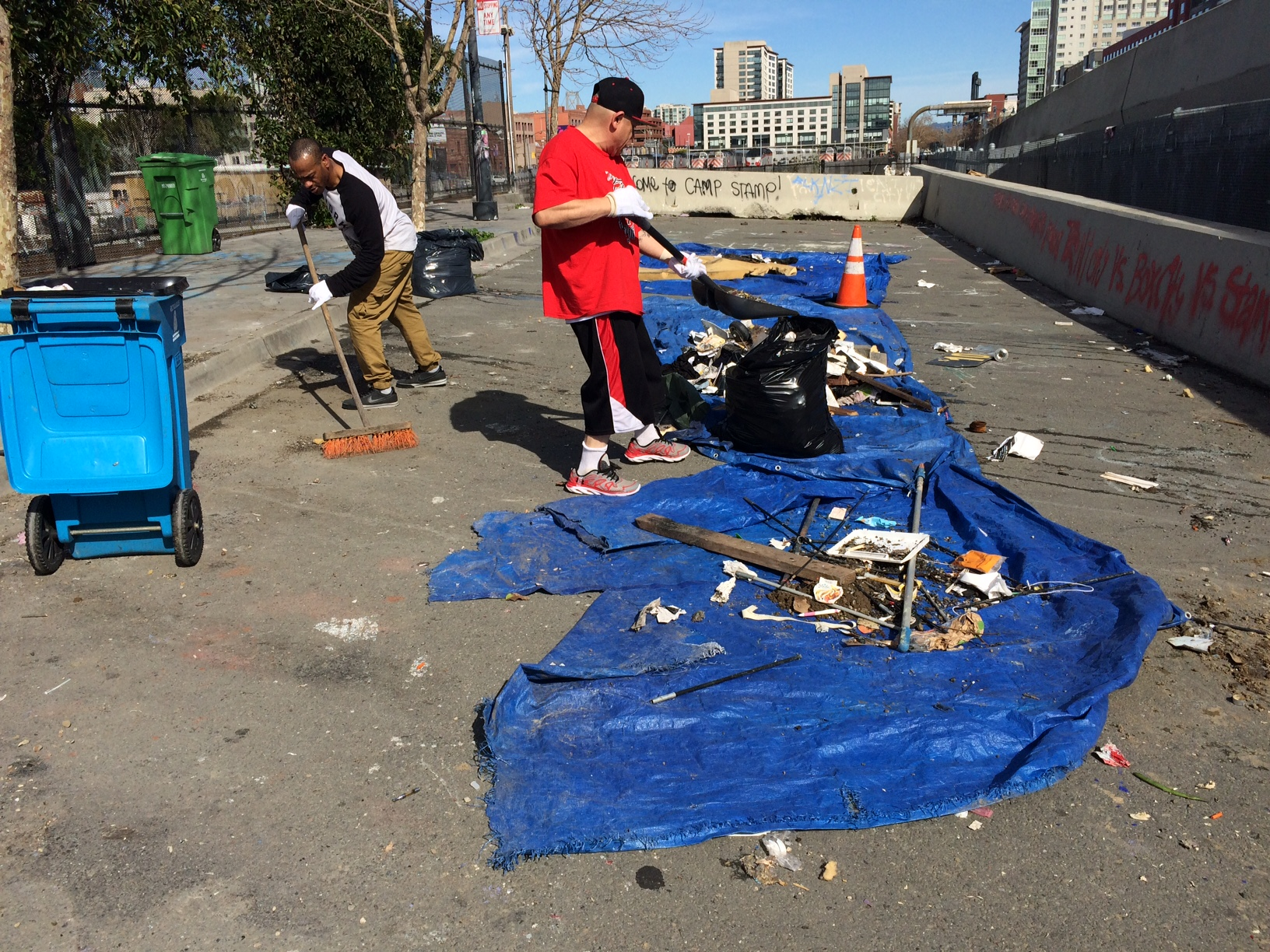 Encampment Residents in Mission Bay working together with SFHC (Winter 2017)