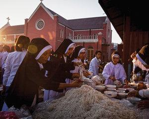 Myanmar , Diana Markosian