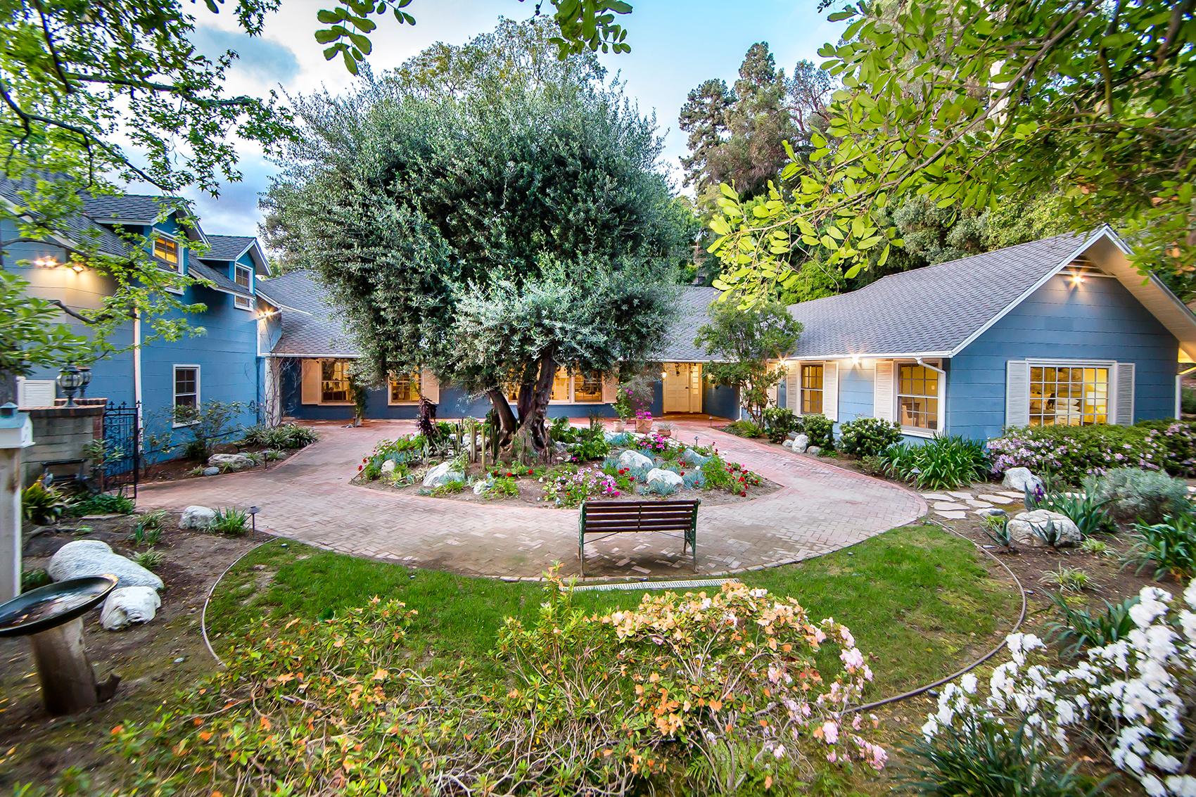 PASDENA  294 California Terrace