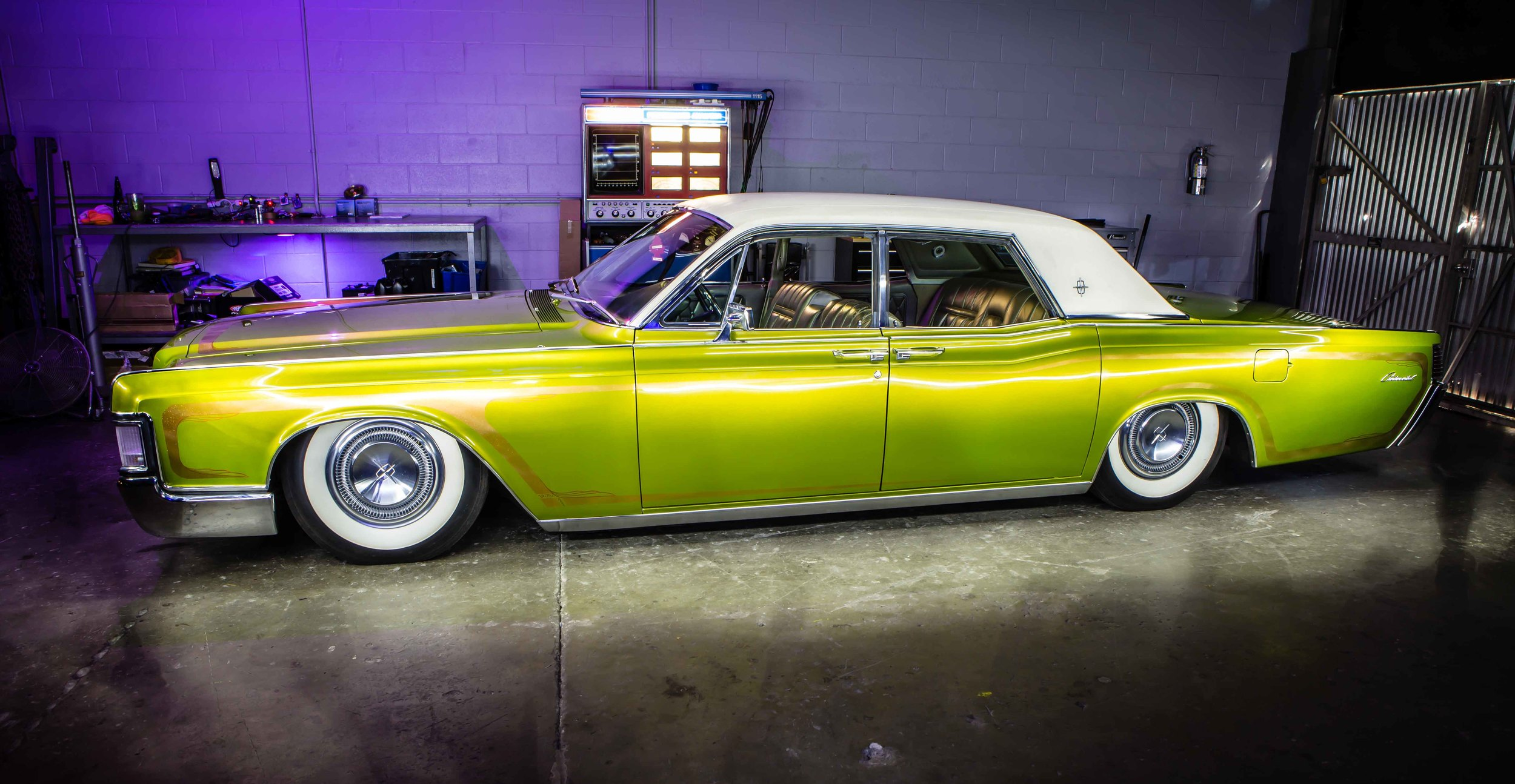 Anaheim Rod and Custom 68 Lincoln Continental -18.jpg