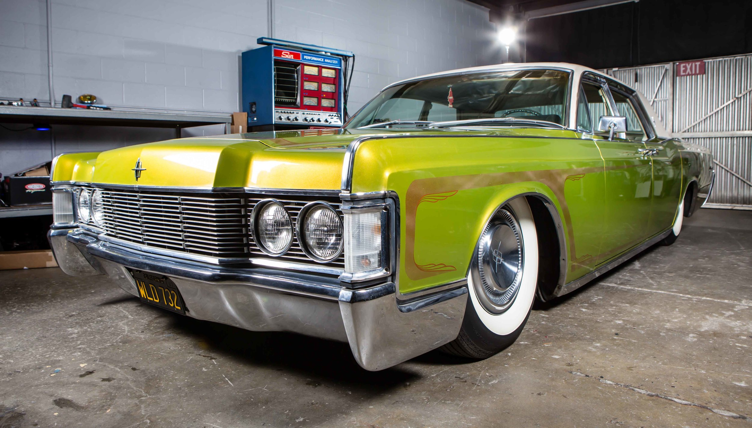 Anaheim Rod and Custom 68 Lincoln Continental -30.jpg