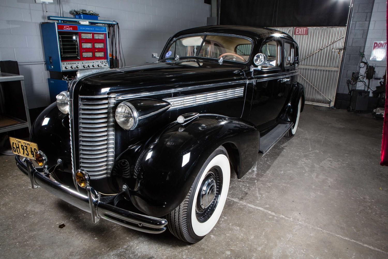 Anaheim+Rod+and+Custom+1938+Buick+Special+Studio-16.jpg